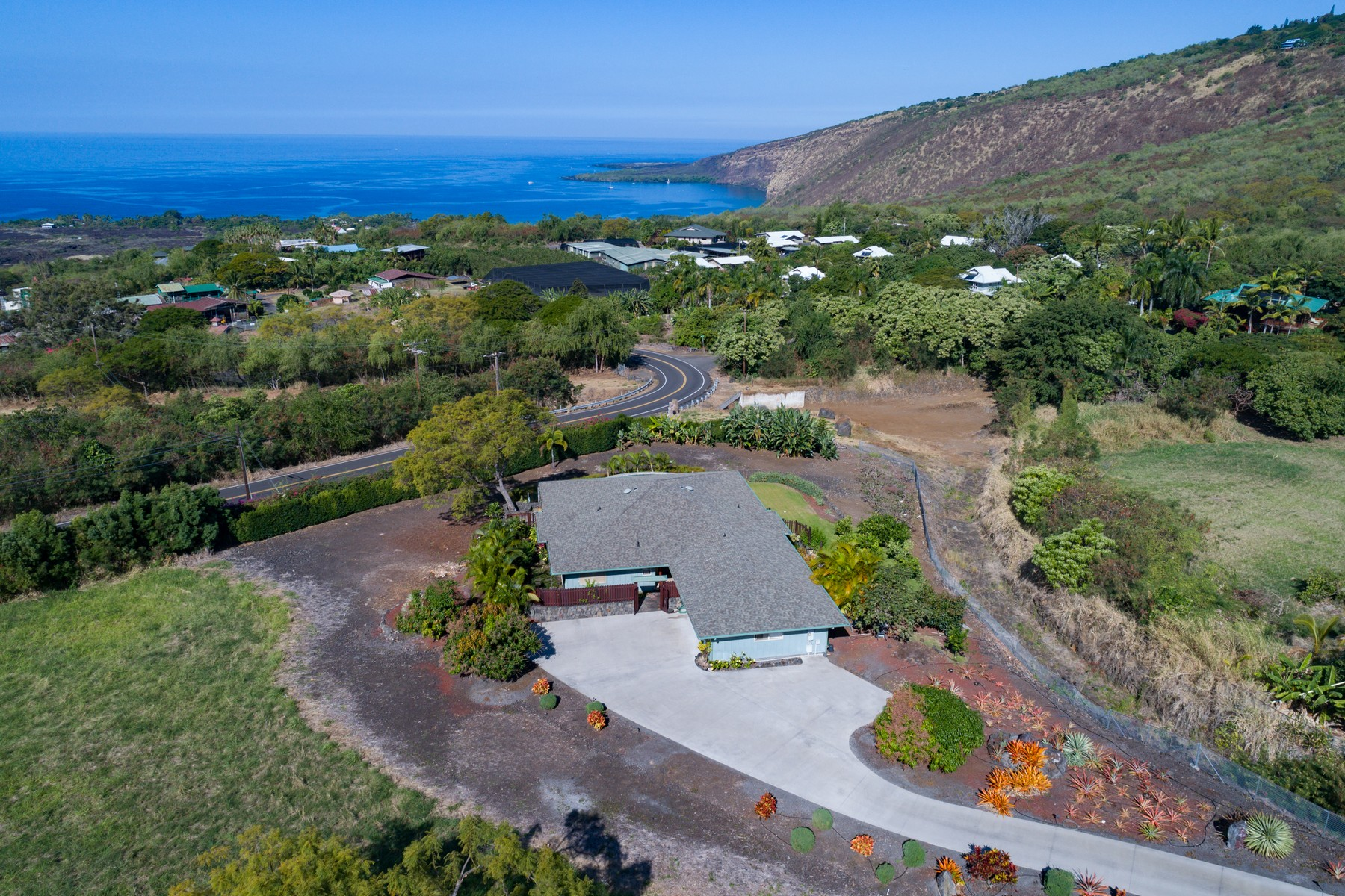 Single Family Home for Sale at Kealakekua Bay Estates 83-991 Kapukelua Pl Captain Cook, Hawaii 96704 United States