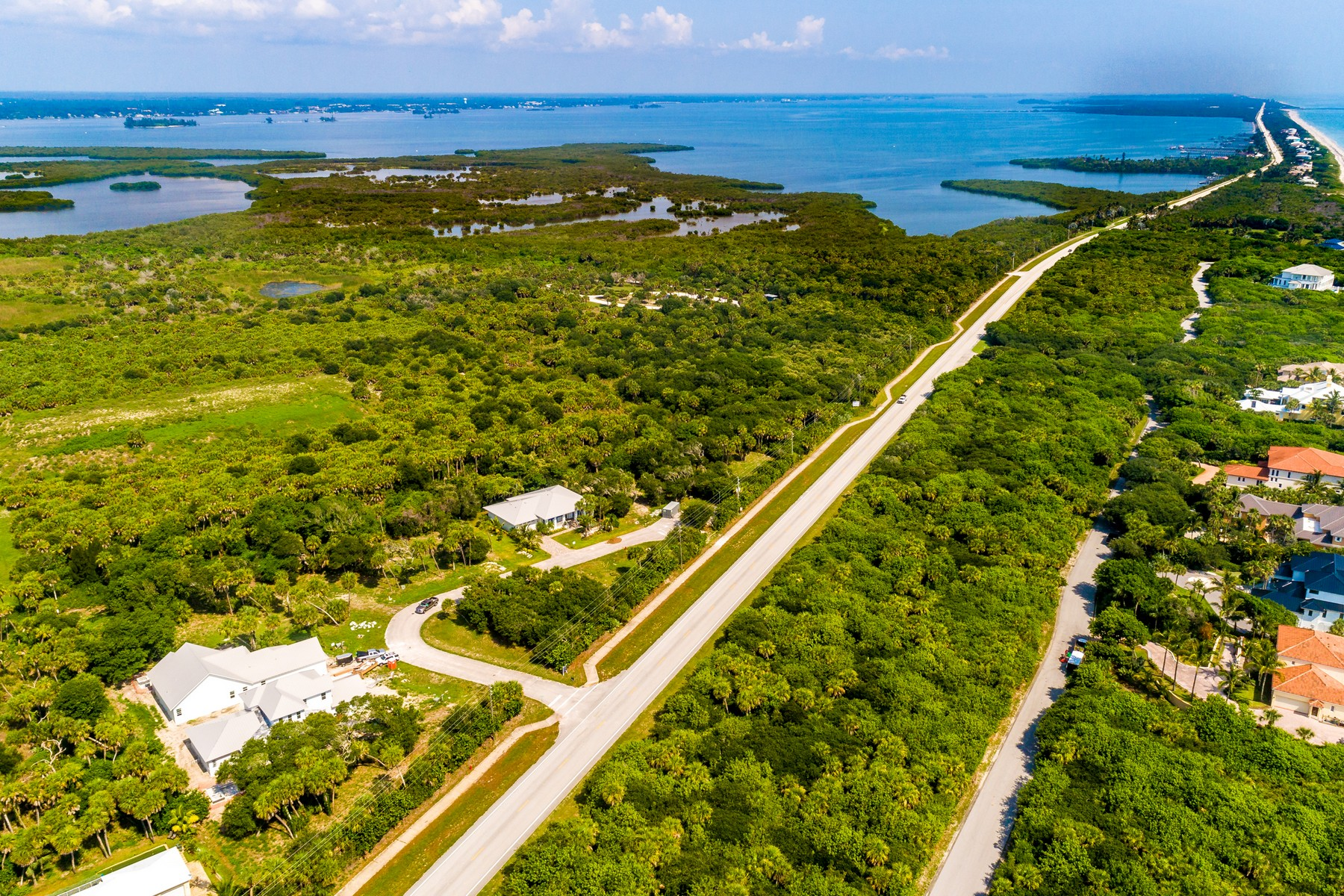 Additional photo for property listing at West Indies Style Home 11775 Brown Pelican Way Vero Beach, Florida 32963 United States