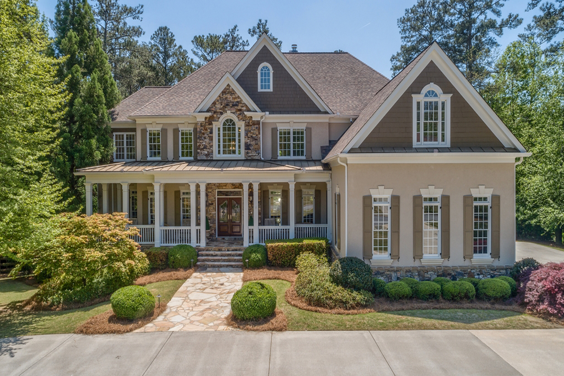 Single Family Home for Sale at Charming Southern Estate with Great Attention to Detail 610 Glen National Dr Alpharetta, Georgia 30004 United States