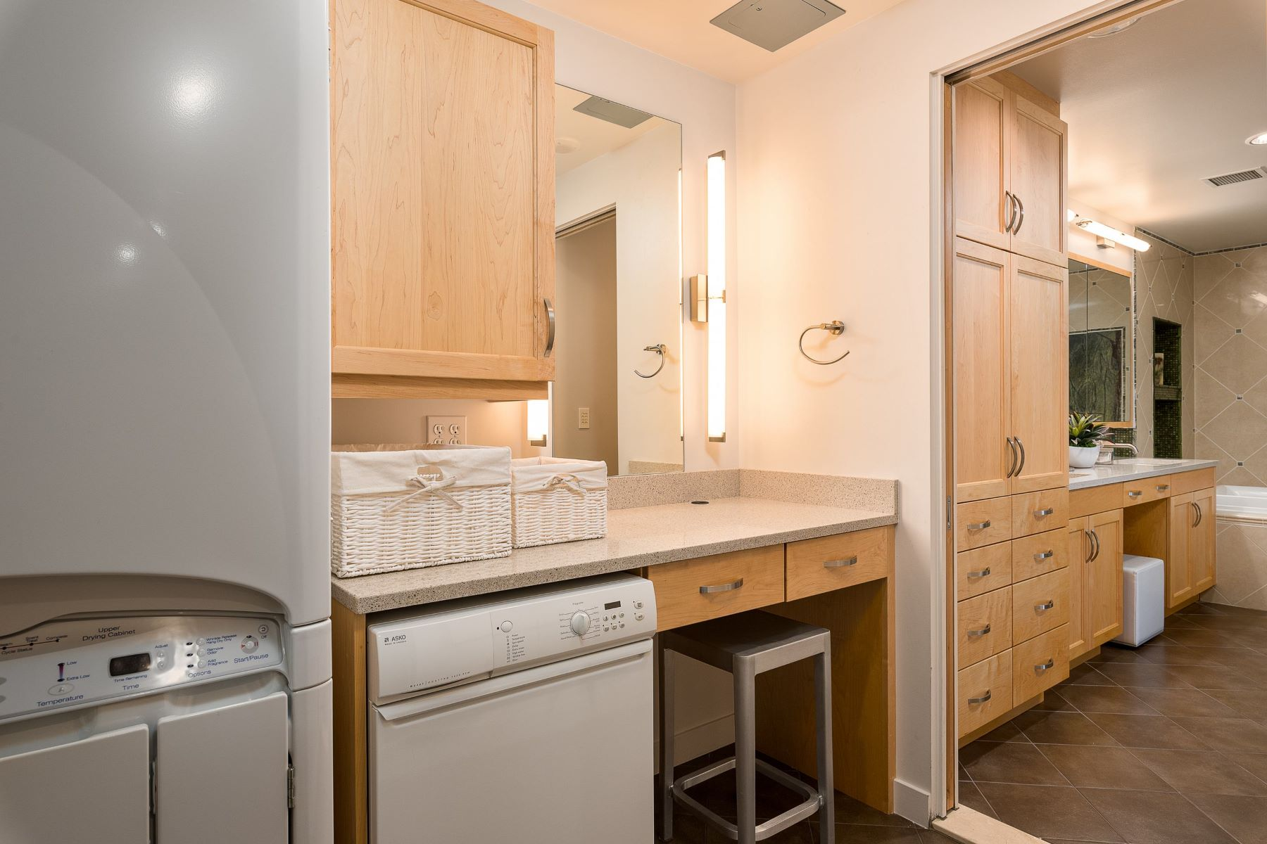 Additional photo for property listing at 255 Capitol Boulevard 1605/1607, Boise 255 S Capitol Blvd 1605/1607 Boise, Idaho 83702