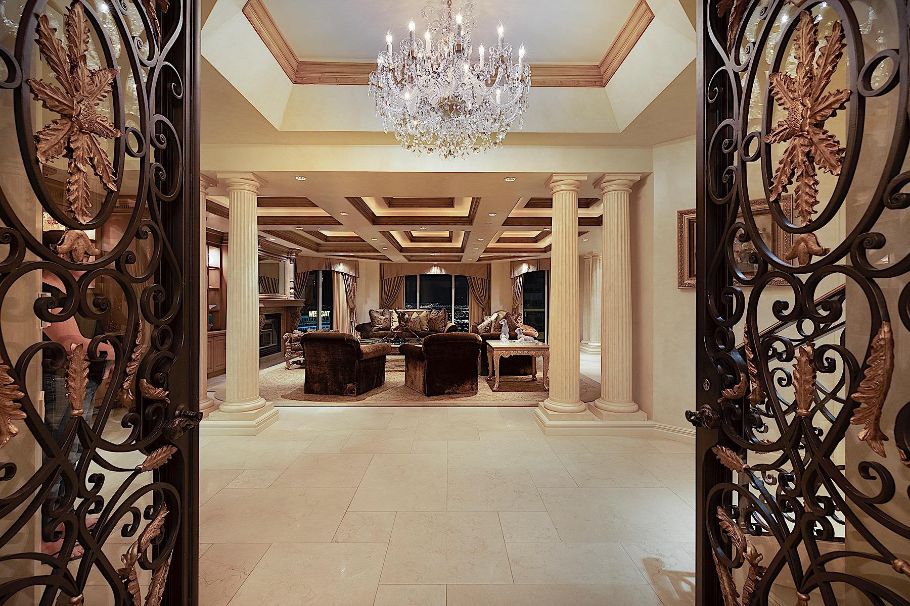 Condominiums 为 销售 在 High Roller Penthouse 2747 Paradise Road #3703 拉斯维加斯, 内华达州 89109 美国