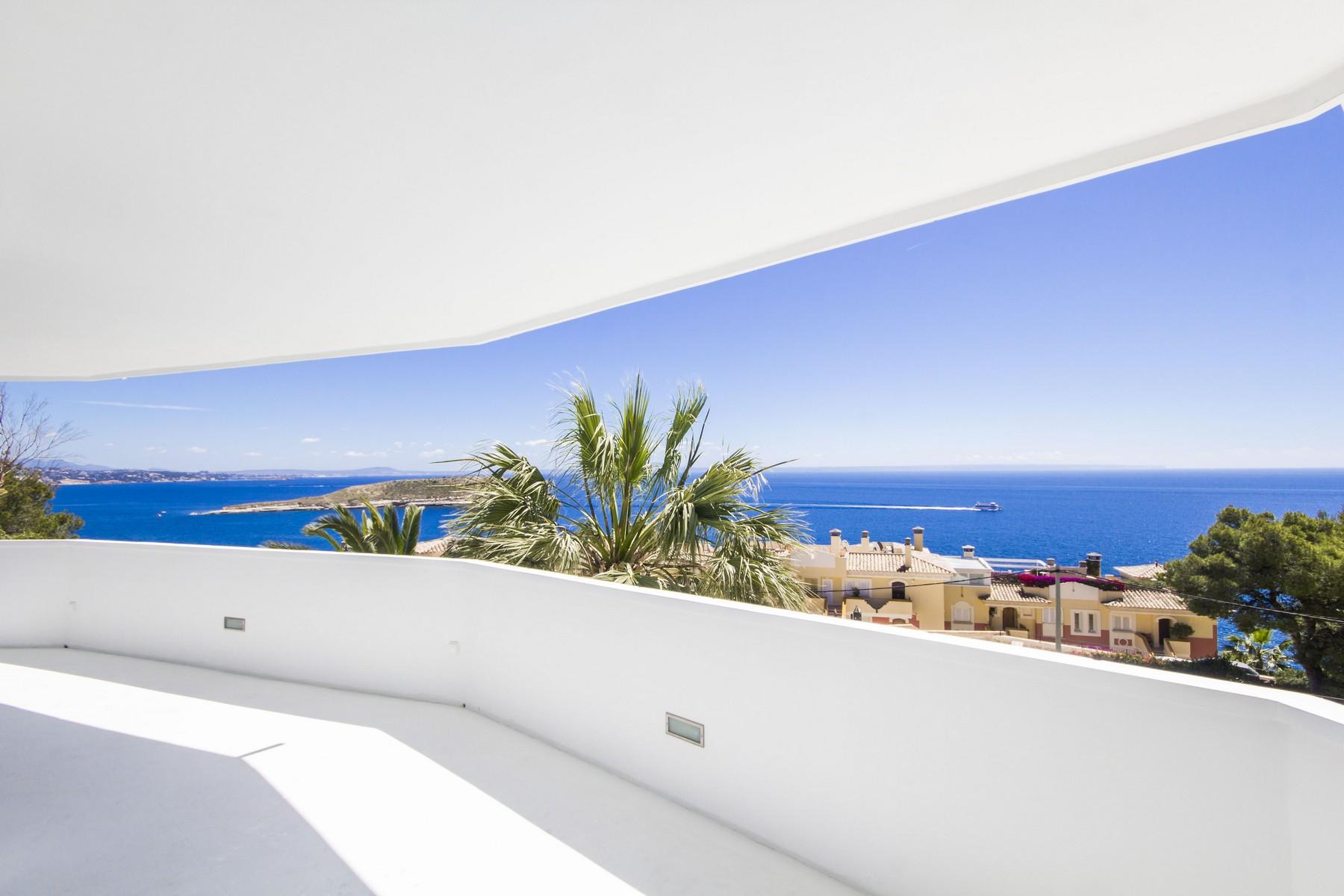 Casa Unifamiliar por un Venta en Unique Penthouse in Cala Vinyas Sol de Mallorca, Balearic Islands, España
