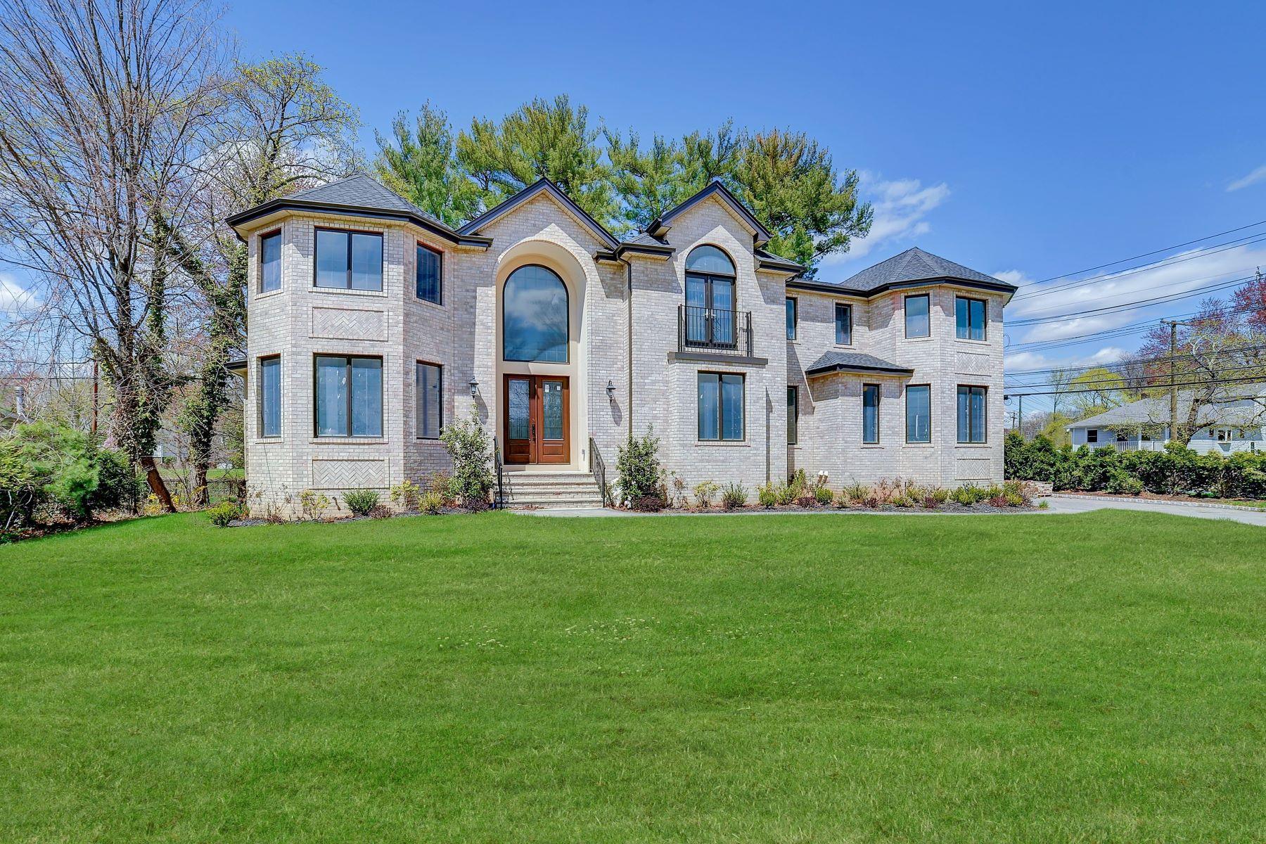 独户住宅 为 销售 在 New Construction in Glen Rock! 574 Prospect Street, 格伦洛克, 新泽西州 07452 美国