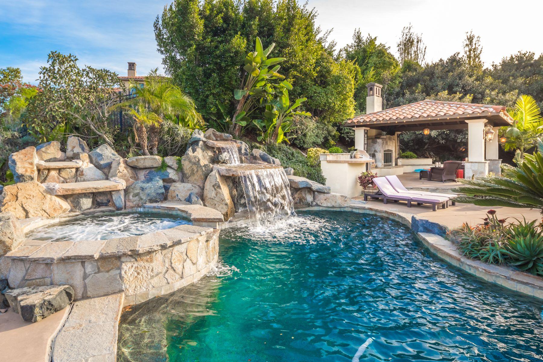 Single Family Home for Sale at 7929 Camino De La Dora Rancho Santa Fe, California, 92067 United States
