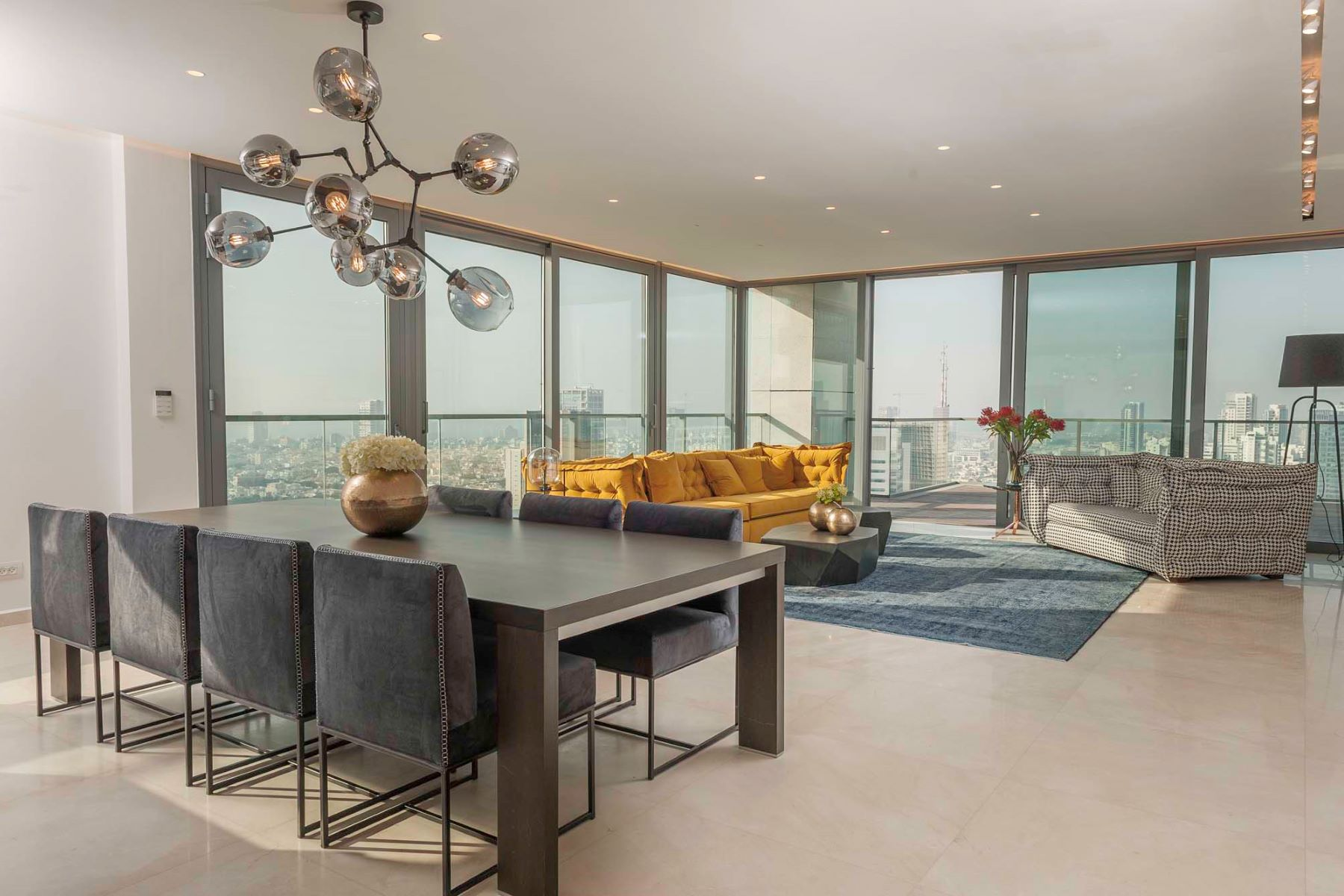 Additional photo for property listing at Sea View Duplex Penthouse in Sarona Gardens Tel Aviv, Israel Israel