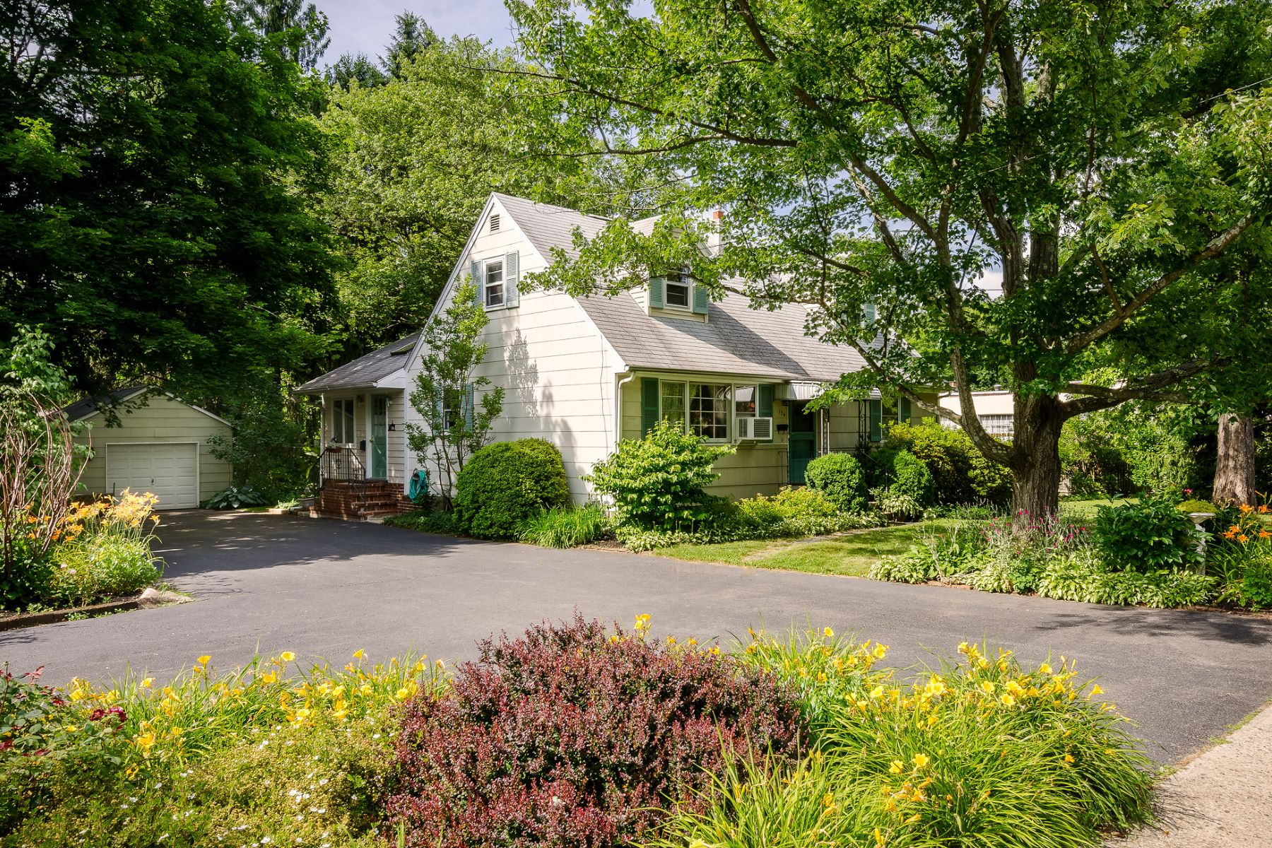Single Family Home for Sale at Affordably Yours In The Borough 134 West Broad Street, Hopewell, New Jersey 08525 United StatesMunicipality: Hopewell Borough