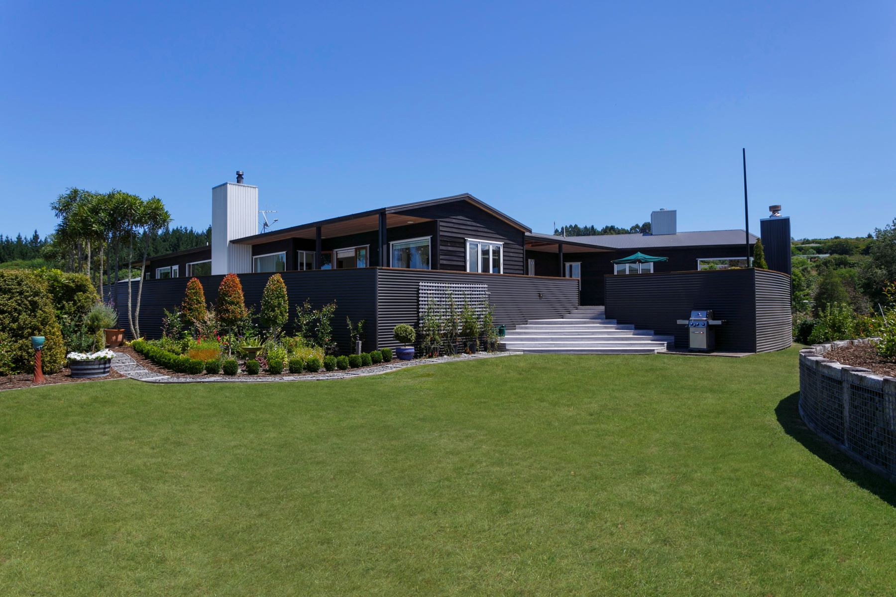 Single Family Homes for Sale at 7 Cameron Drive, Acacia Bay, Taupo 7 Cameron Drive Acacia Bay Taupo, Waikato 3330 New Zealand