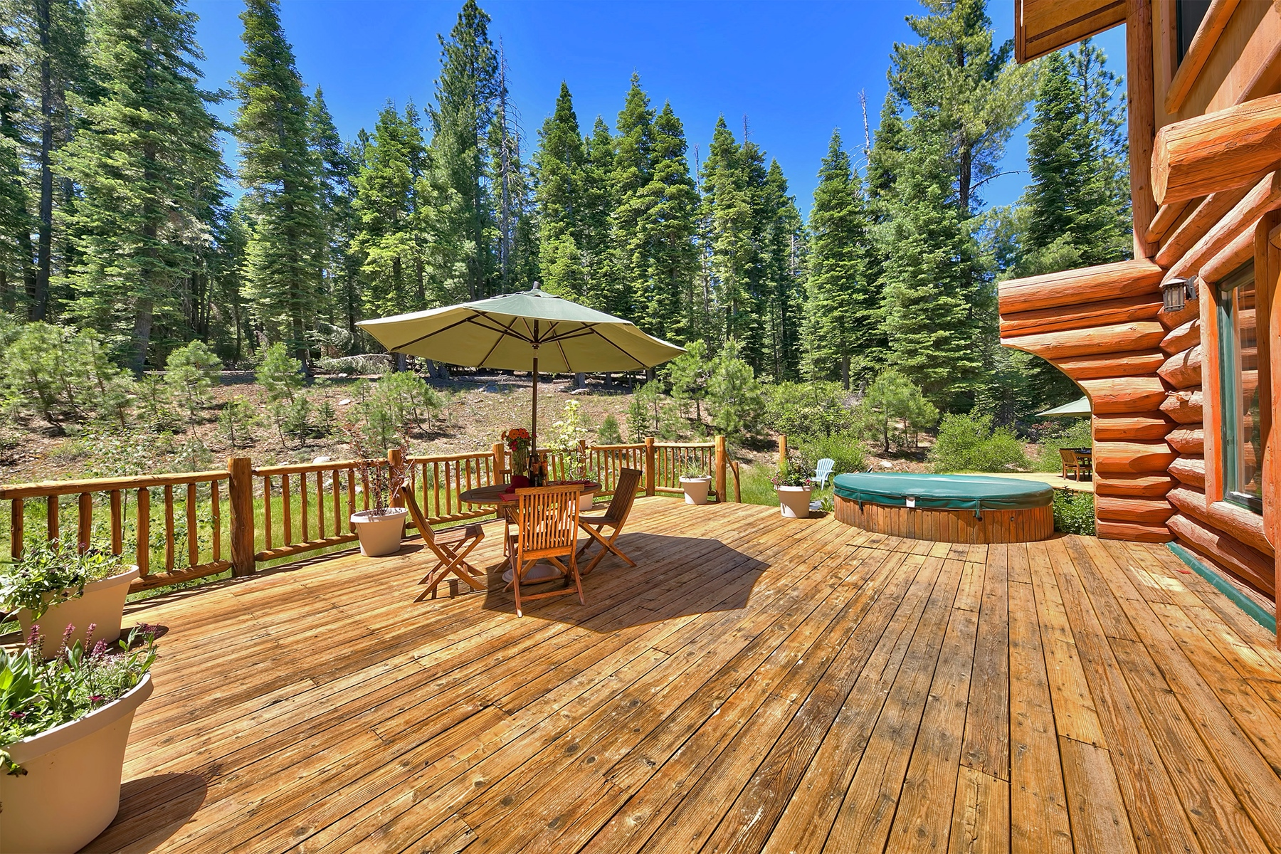 Additional photo for property listing at 11979 Stony Creek Court, Truckee CA 96161 11979 Stony Creek Court Truckee, California 96161 United States