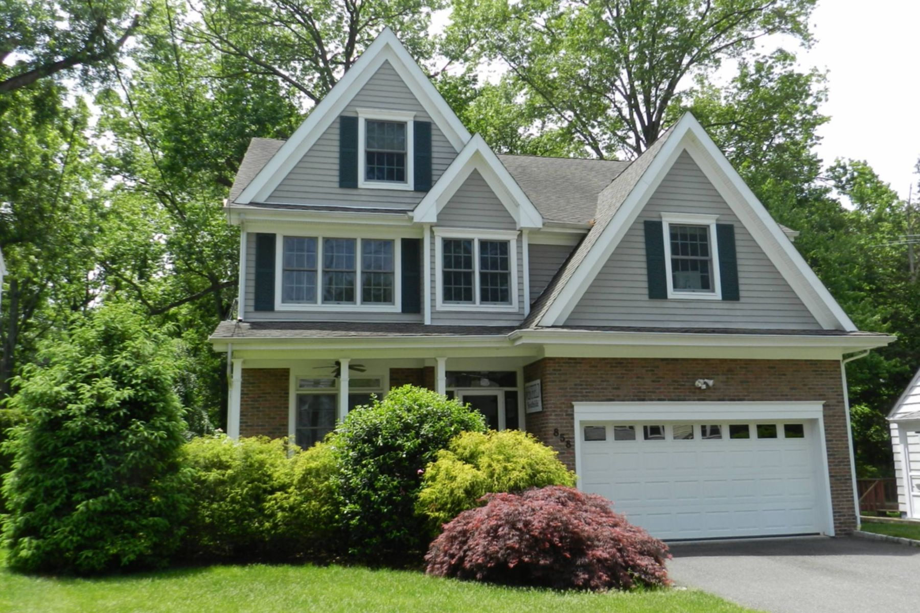Single Family Home for Sale at Young Innovative Colonial 858 Summit Ave Westfield, New Jersey, 07090 United States
