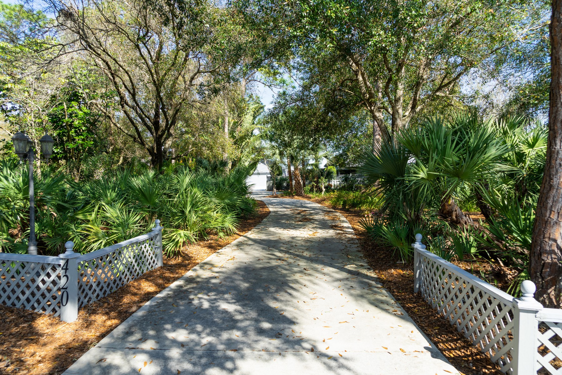 Additional photo for property listing at Custom Home is Fly-In Community 420 Sopwith Drive Vero Beach, Florida 32968 United States