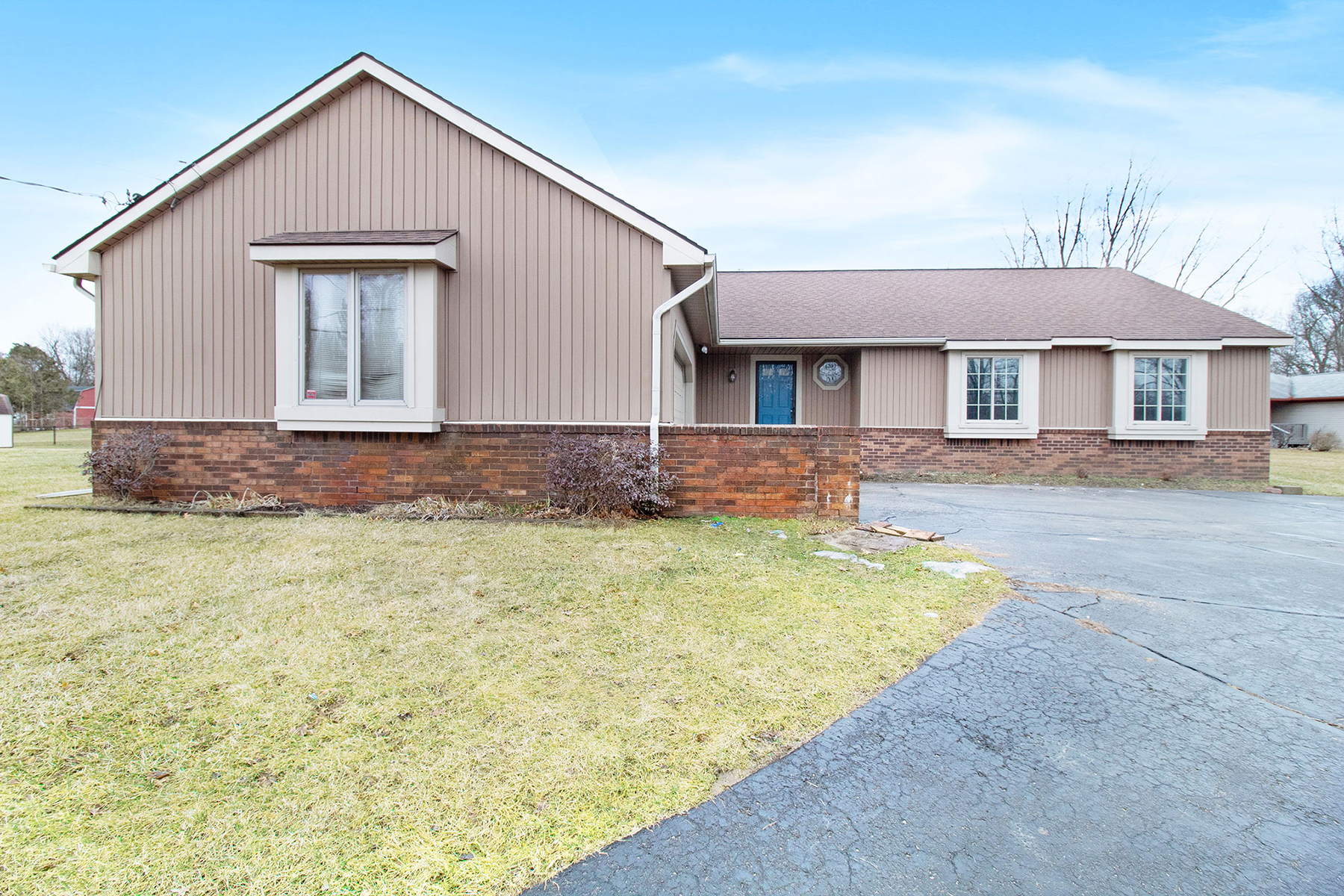 Single Family Homes for Sale at 6705 Hogback Lake Road Springfield Township, Michigan 48350 United States