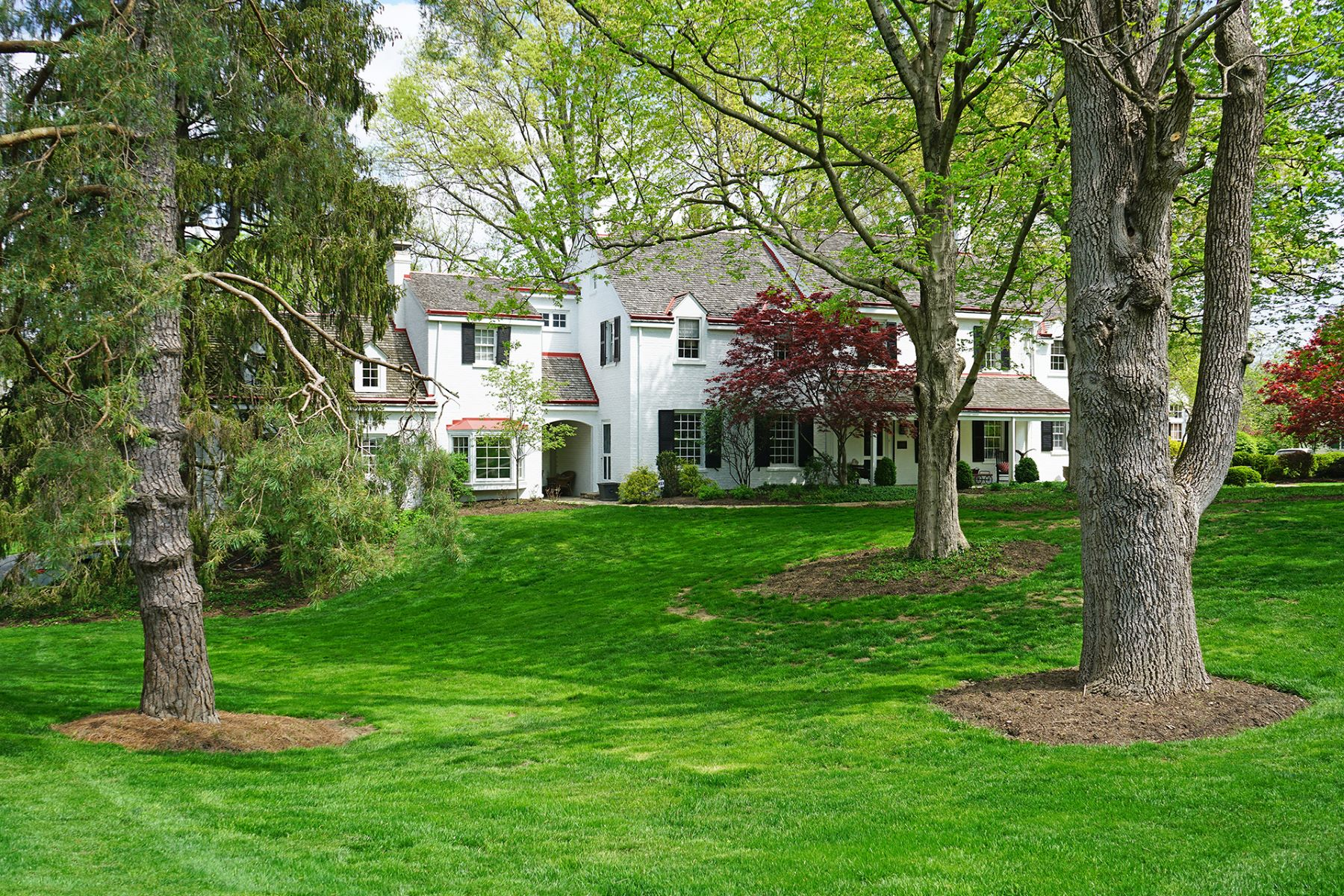 Single Family Homes for Sale at Extraordinary Estate Home with Extensive Updates 2930 Fair Acres Drive Cincinnati, Ohio 45213 United States