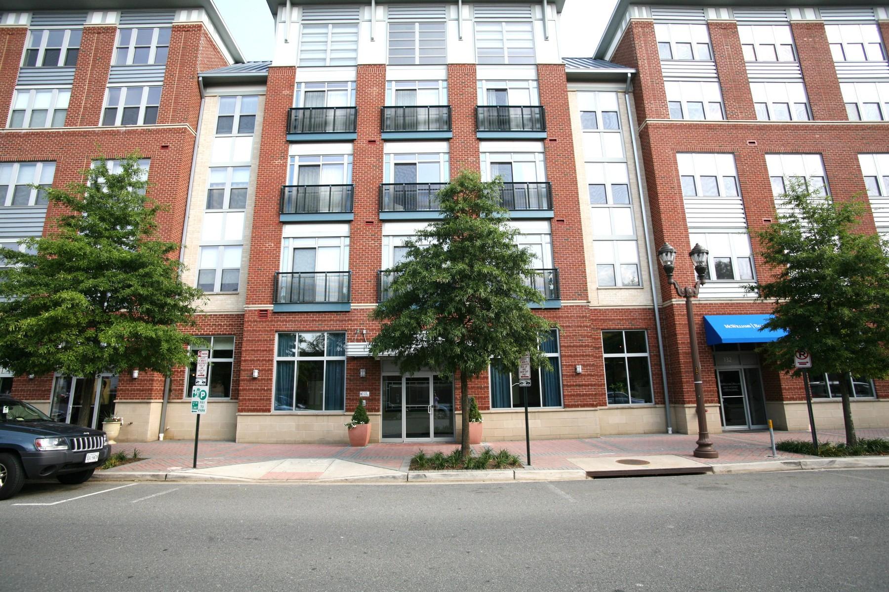 Appartement en copropriété pour l à louer à 1800 Wilson Boulevard 403, Arlington 1800 Wilson Blvd 403 Arlington, Virginia 22201 États-Unis