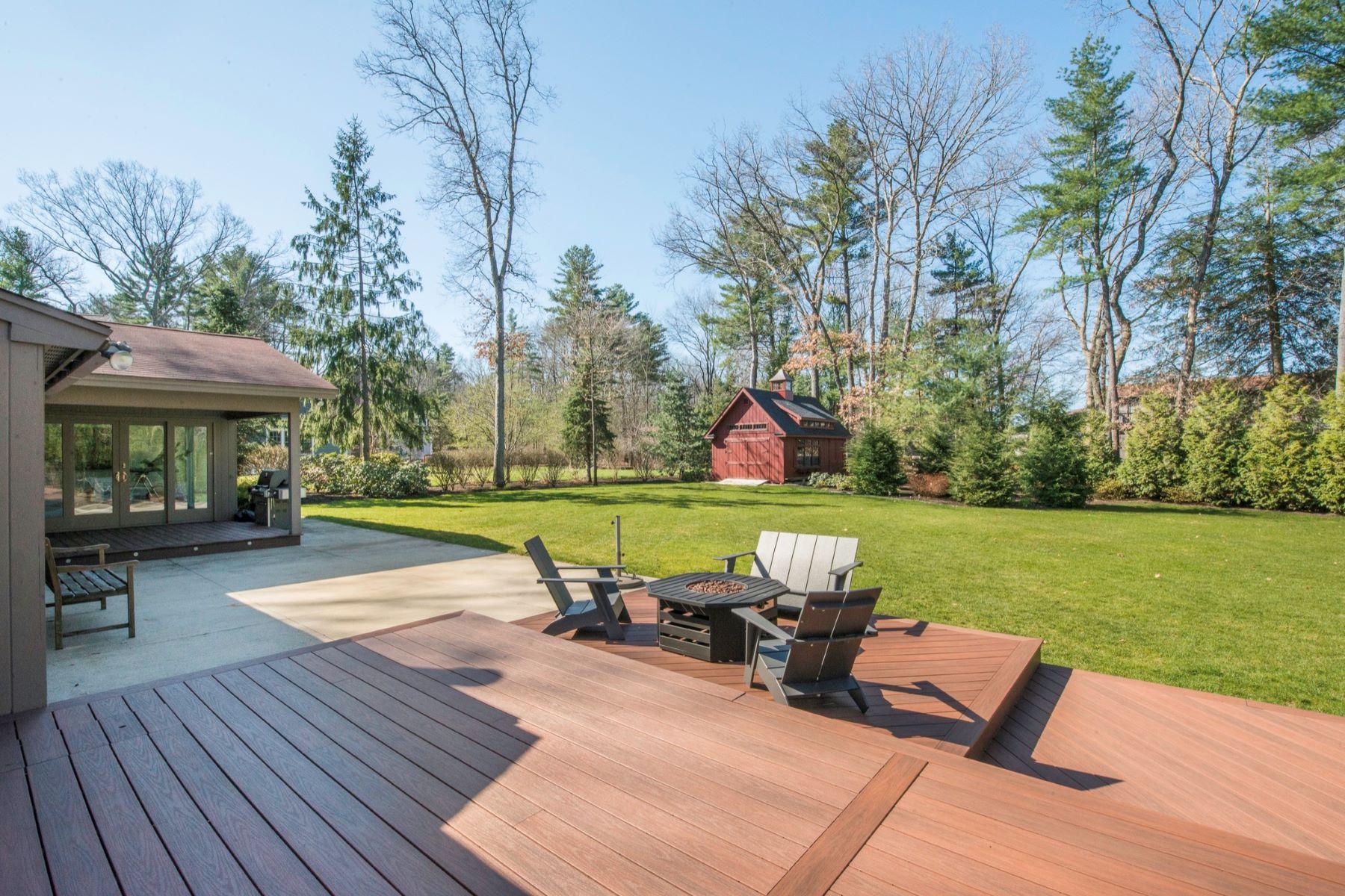 Tek Ailelik Ev için Satış at Completely Renovated and Expanded 245 Park Lane Concord, Massachusetts, 01742 Amerika Birleşik Devletleri