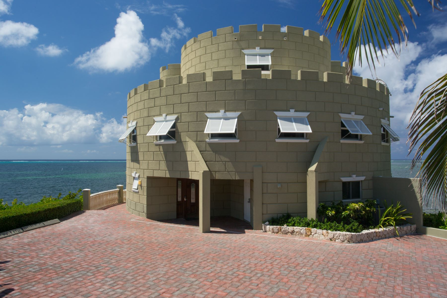 Additional photo for property listing at Cayman Castle East End,  Cayman Islands
