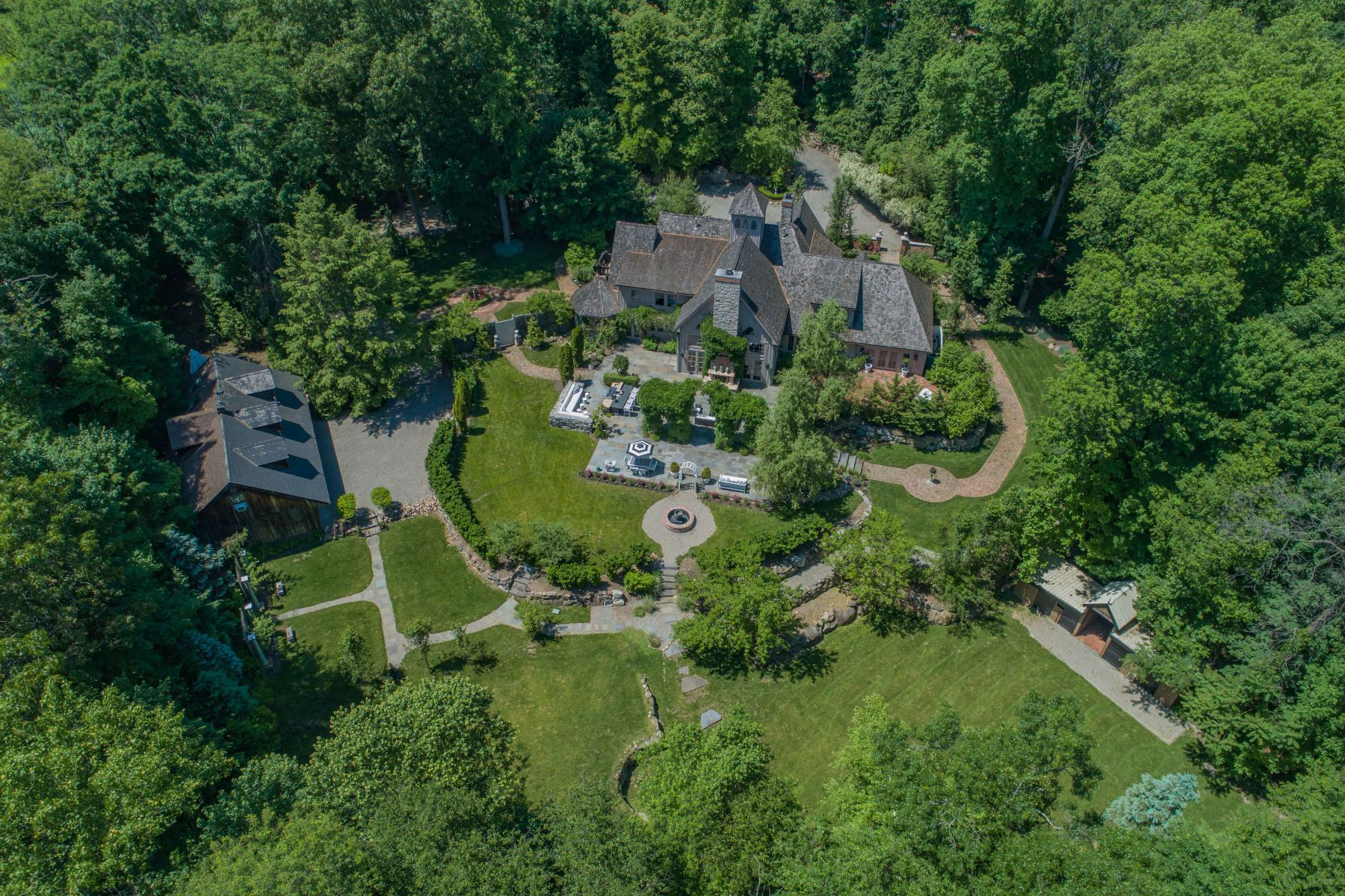 Single Family Homes for Sale at PRIVATE 3 ACRE COMPOUND 551 Campgaw Rd Mahwah, New Jersey 07430 United States