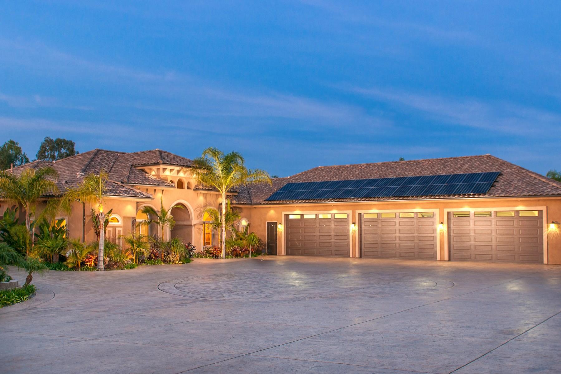 Casa Unifamiliar por un Venta en 1000 Miramar Drive Vista, California, 92081 Estados Unidos