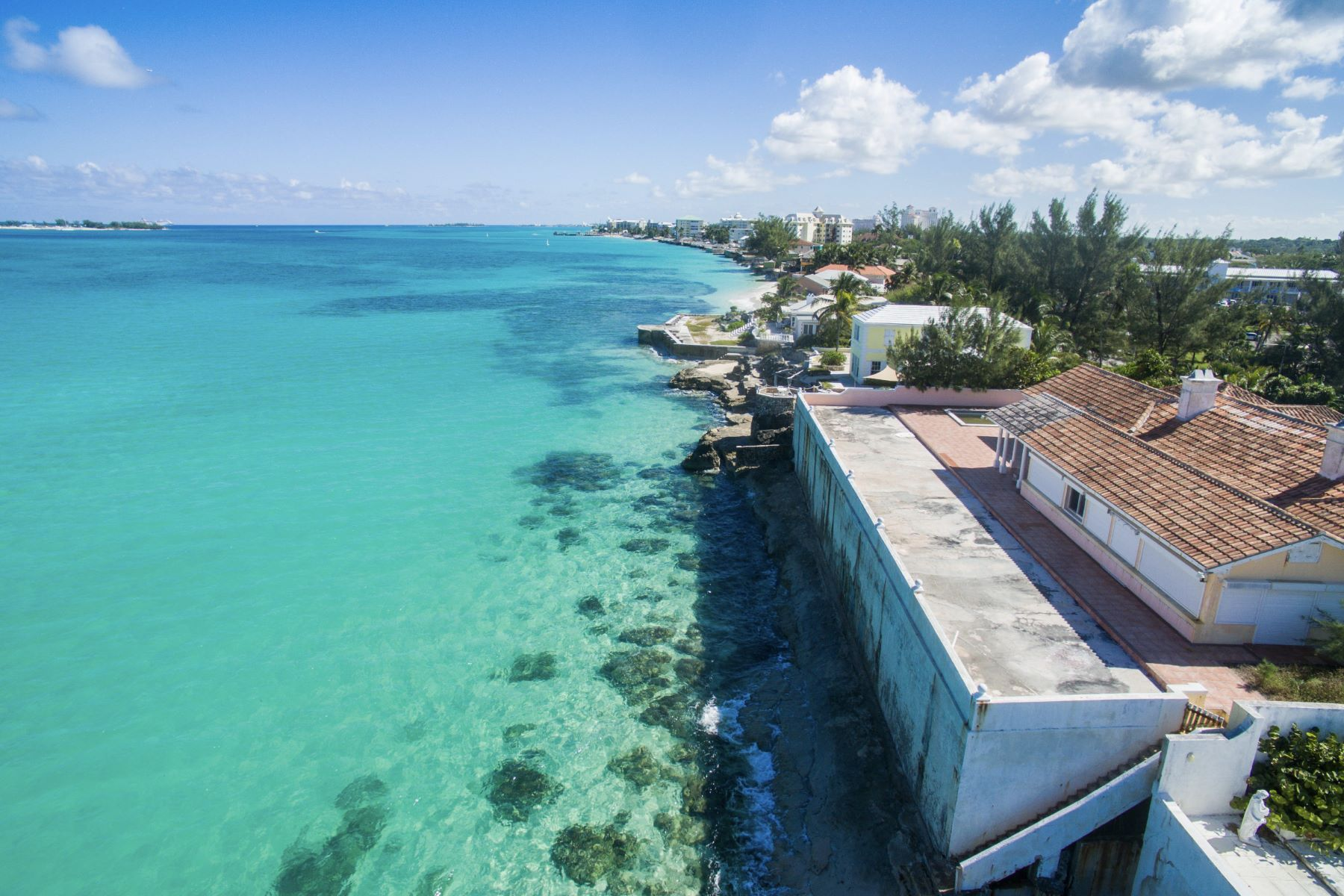 Single Family Home for Sale at West Bay Street House, Cable Beach Cable Beach, Nassau And Paradise Island Bahamas