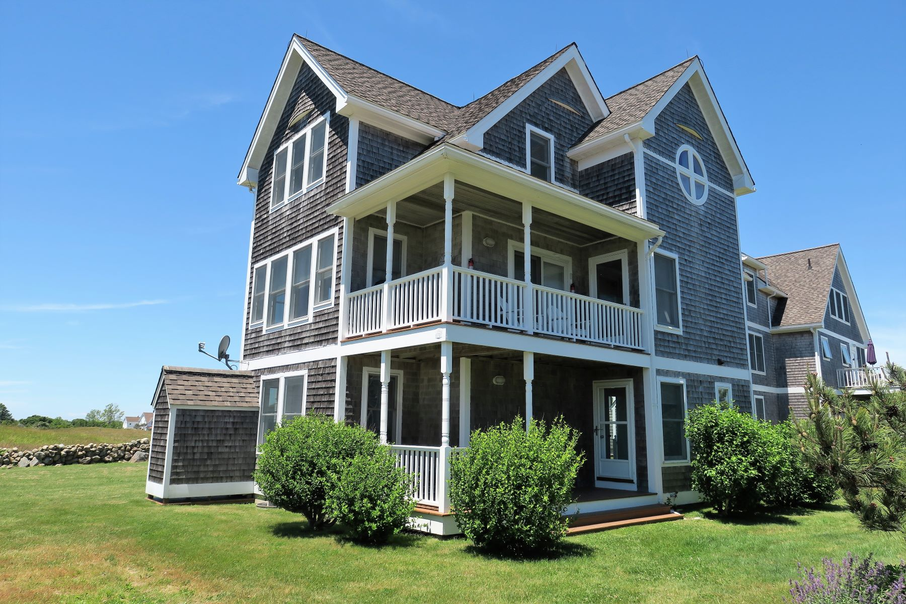 Single Family Homes for Sale at Crescent Beach Cottage 1712 Corn Neck Road, Block Island, Rhode Island 02807 United States
