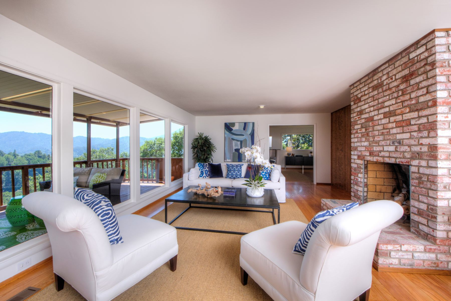 Single Family Home for Sale at Sunny Greenbrae Home 65 Corte Patencio Greenbrae, California 94904 United States
