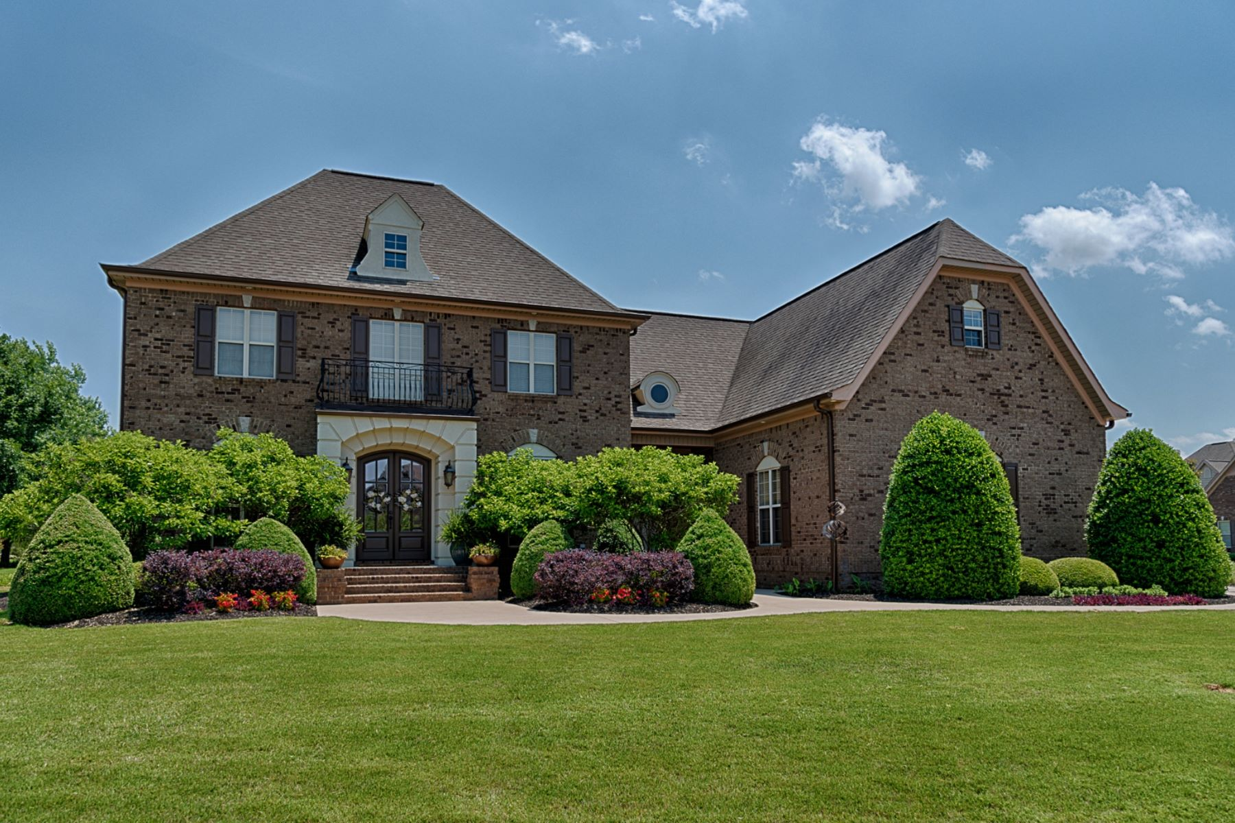 Single Family Homes for Active at 12533 Elmhurst Drive Athens, Alabama 35613 United States