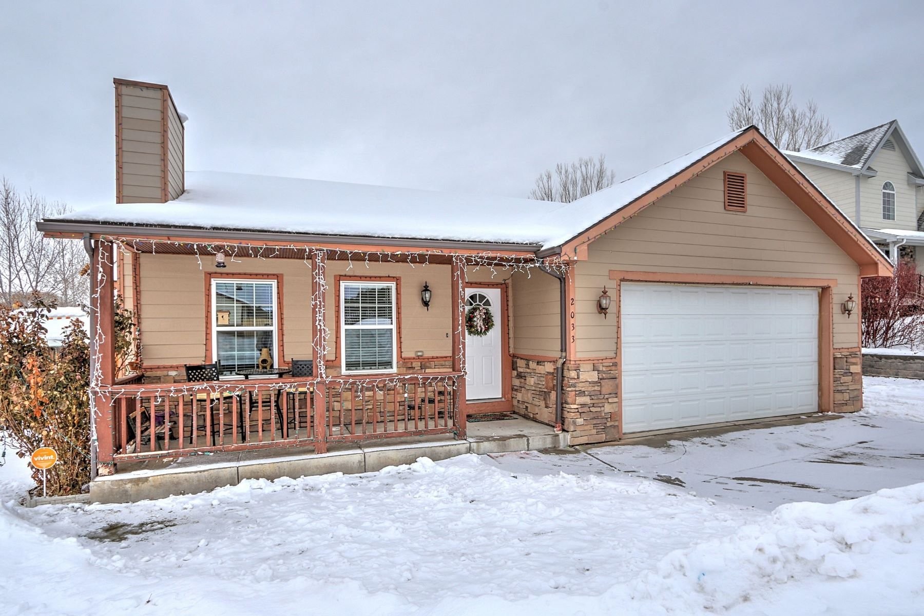 Single Family Home for Active at RANCH STYLE DREAM 2033 Morning Star Drive Silt, Colorado 81652 United States