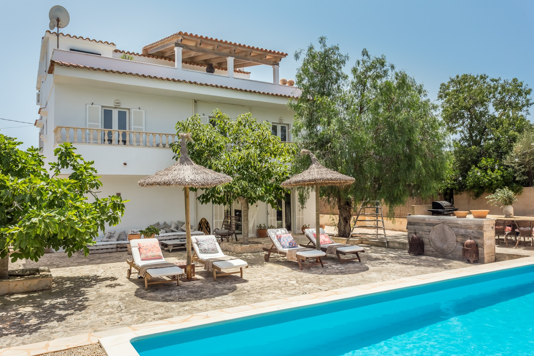 Single Family Home for Rent at Charming villa in Cala Llombards Cala Llombards, Mallorca, 07690 Spain