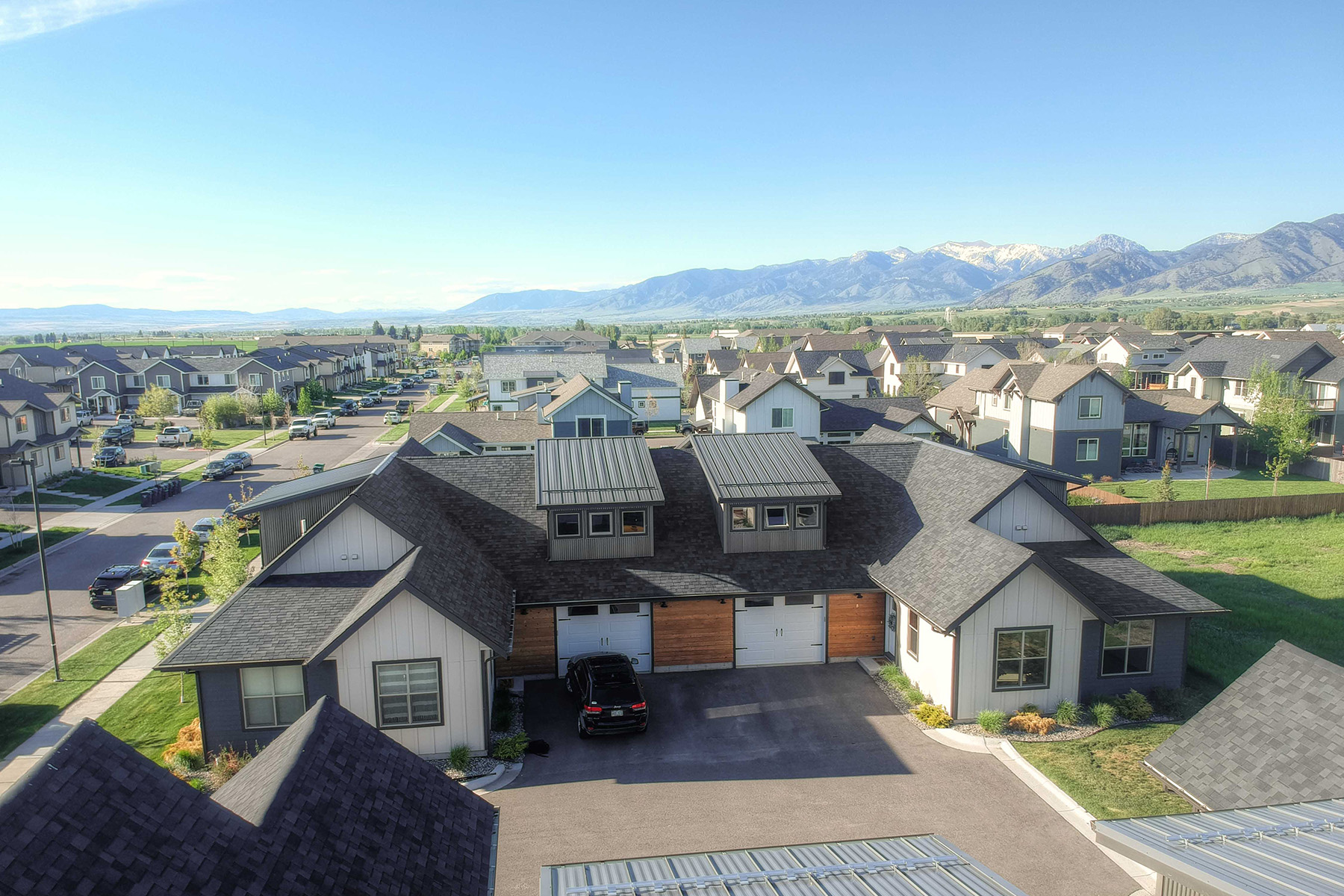 Condominiums for Sale at 3194 Fen Way Unit B Bozeman, Montana 59718 United States