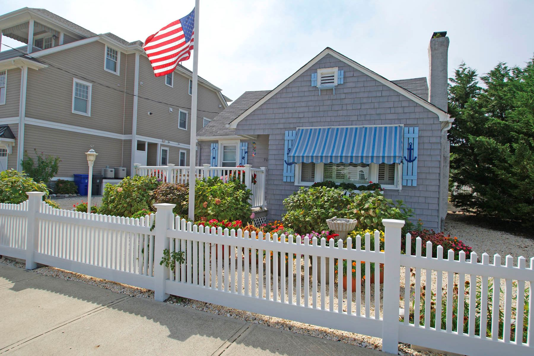 Single Family Homes por un Venta en Loaded With Character 3685 W Central Avenue Normandy Beach, Nueva Jersey 08739 Estados Unidos