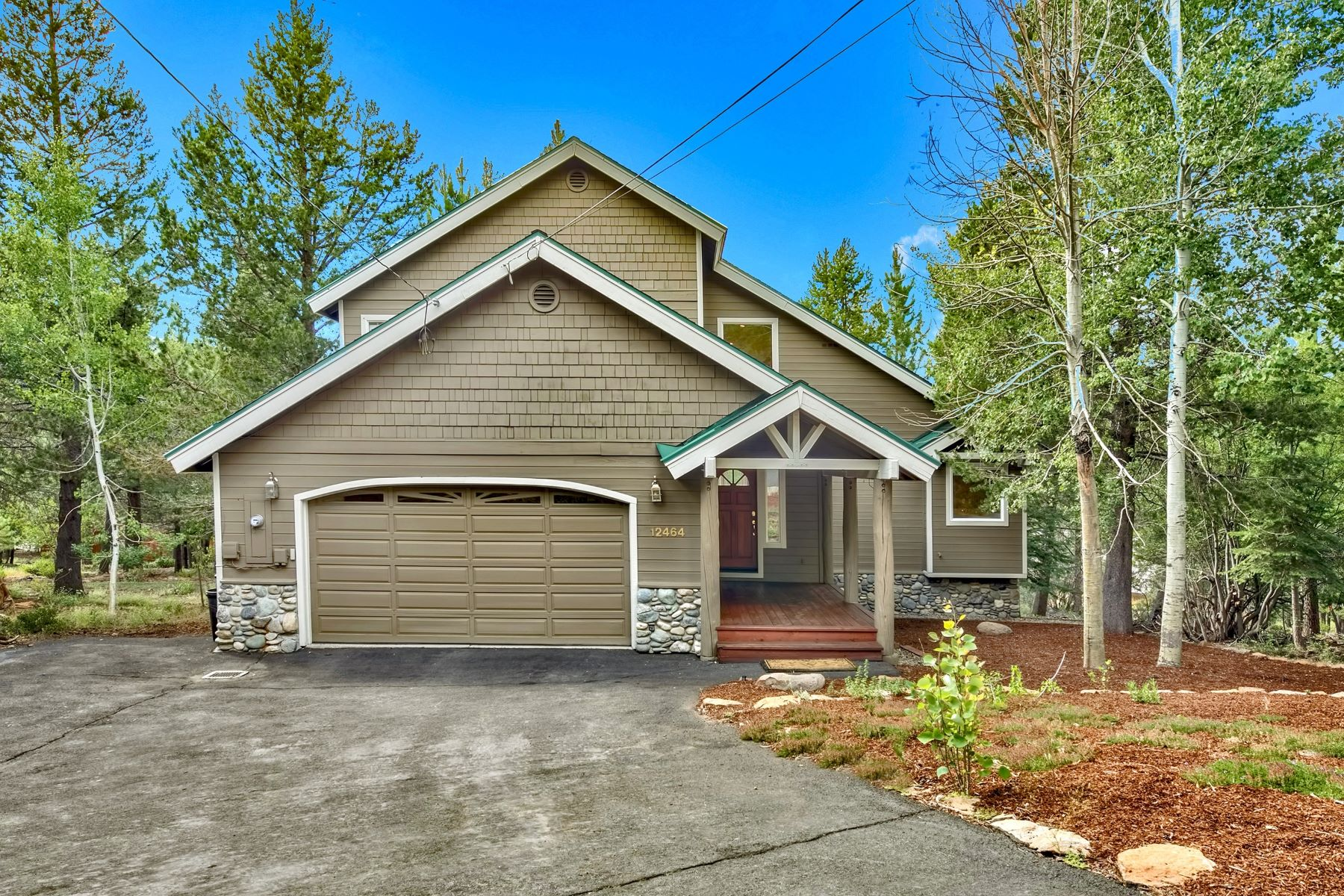 Single Family Homes for Active at 12464 Snowpeak Way, Truckee, CA 96161 12464 Snowpeak Way Truckee, California 96161 United States
