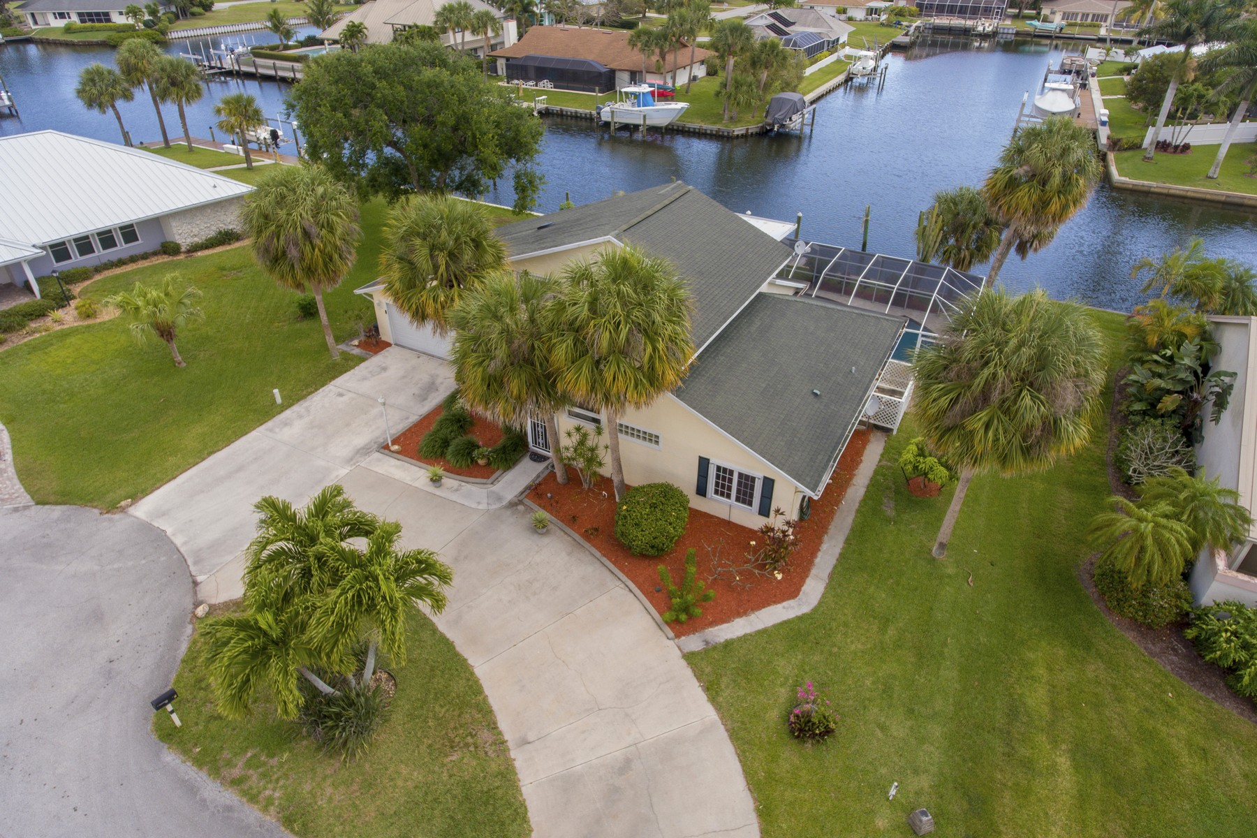 Single Family Homes for Sale at Boater's Paradise Four Bedroom Pool Home 126 Queen Bess Court Fort Pierce, Florida 34949 United States