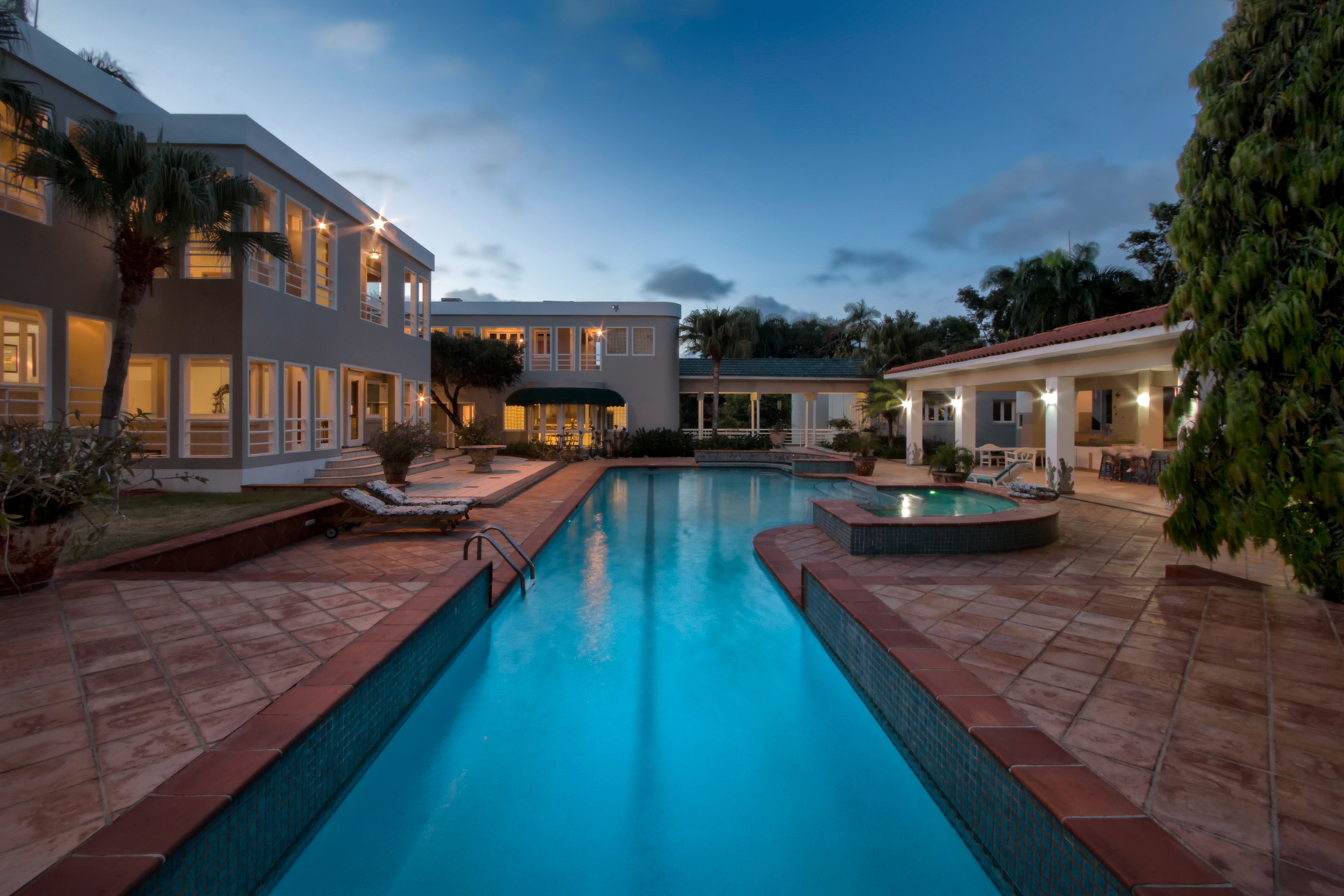 Additional photo for property listing at Sprawling Estate 26 Dorado Beach Estates Dorado Beach, Puerto Rico 00646 Porto Rico