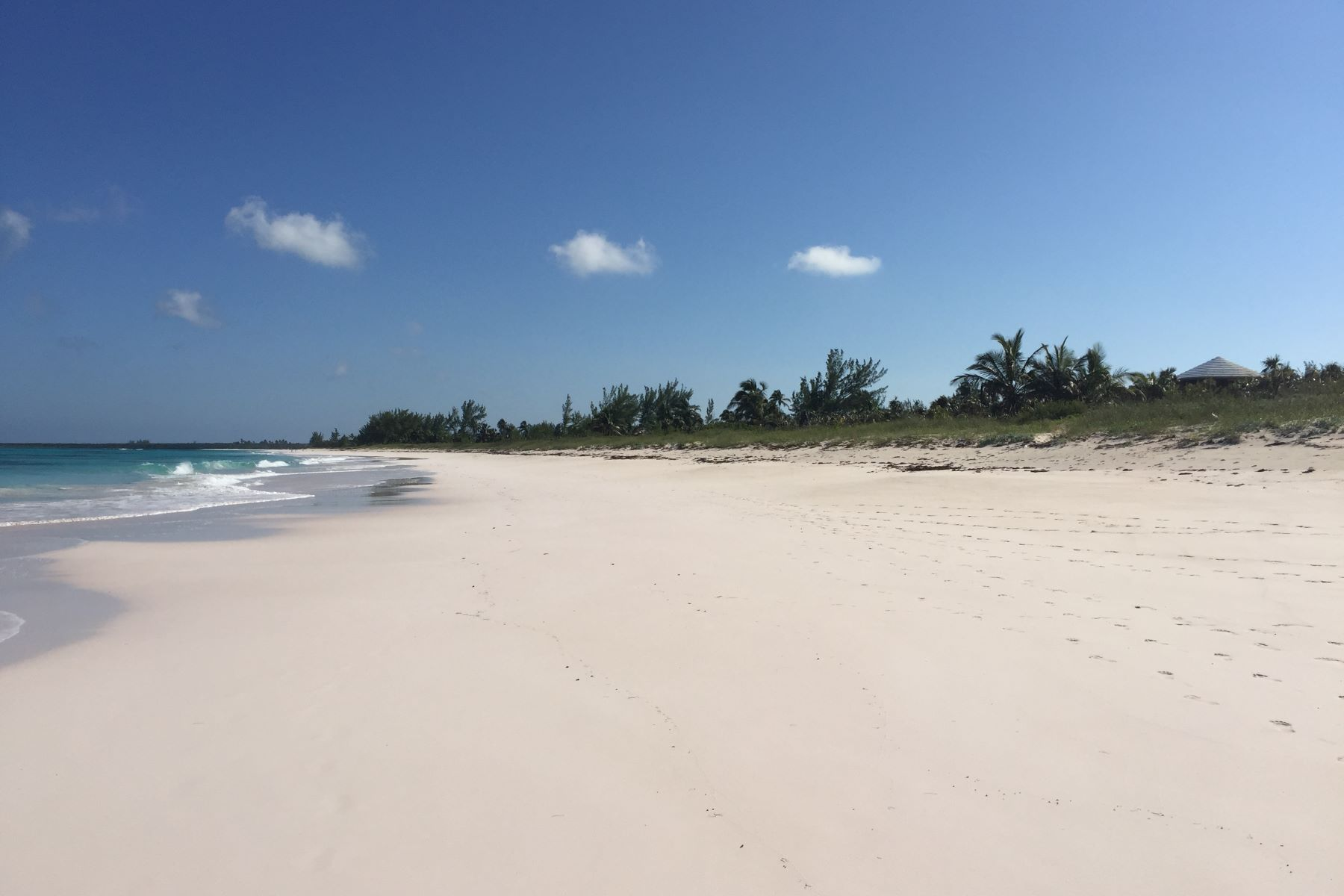Additional photo for property listing at Timeless Elegance on Double Bay Double Bay, Eleuthera Bahamas