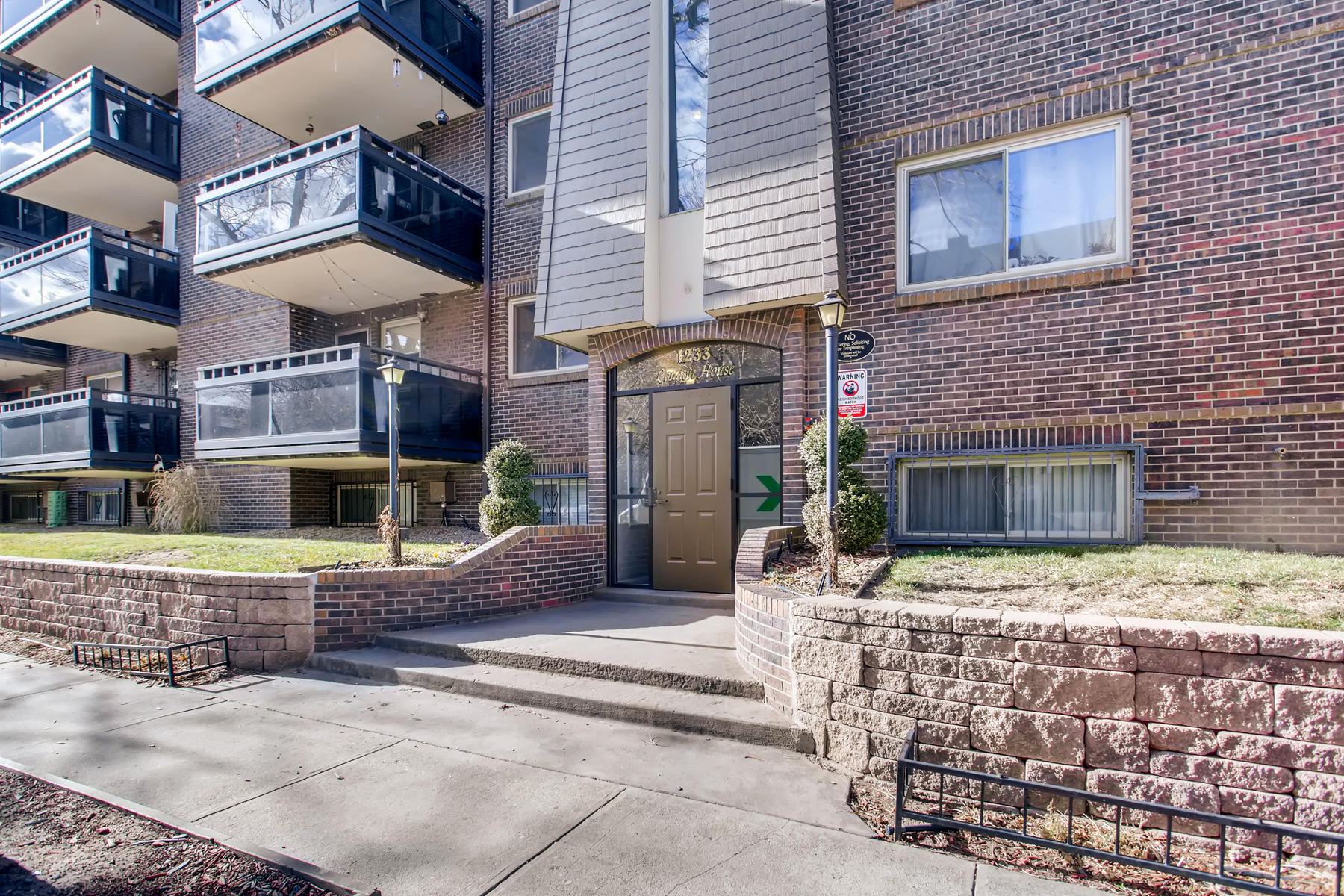 Condominium for Active at Absolutely Gorgeous Capitol Hill Condo 1233 Ogden St #503 Denver, Colorado 80218 United States
