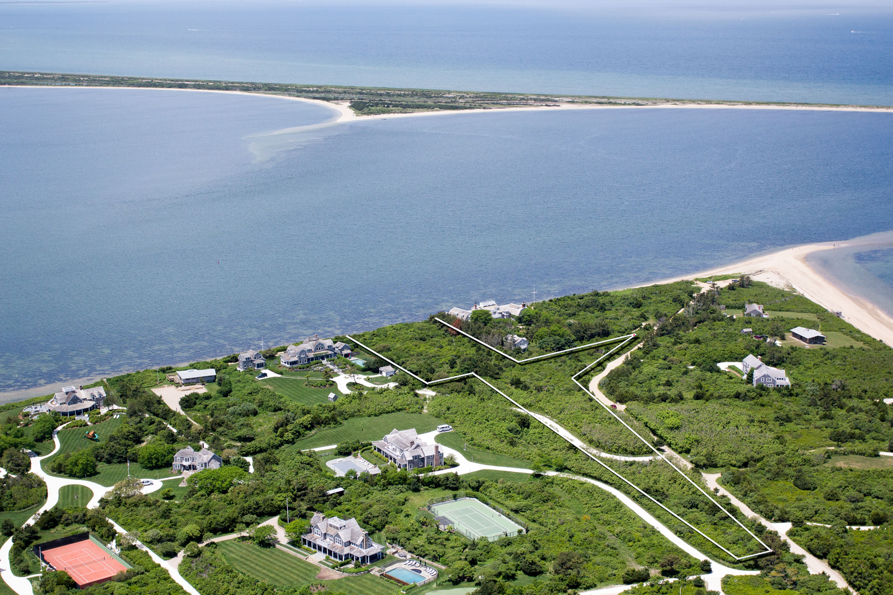 Additional photo for property listing at High Point! 88 Pocomo Road Nantucket, Massachusetts 02554 United States