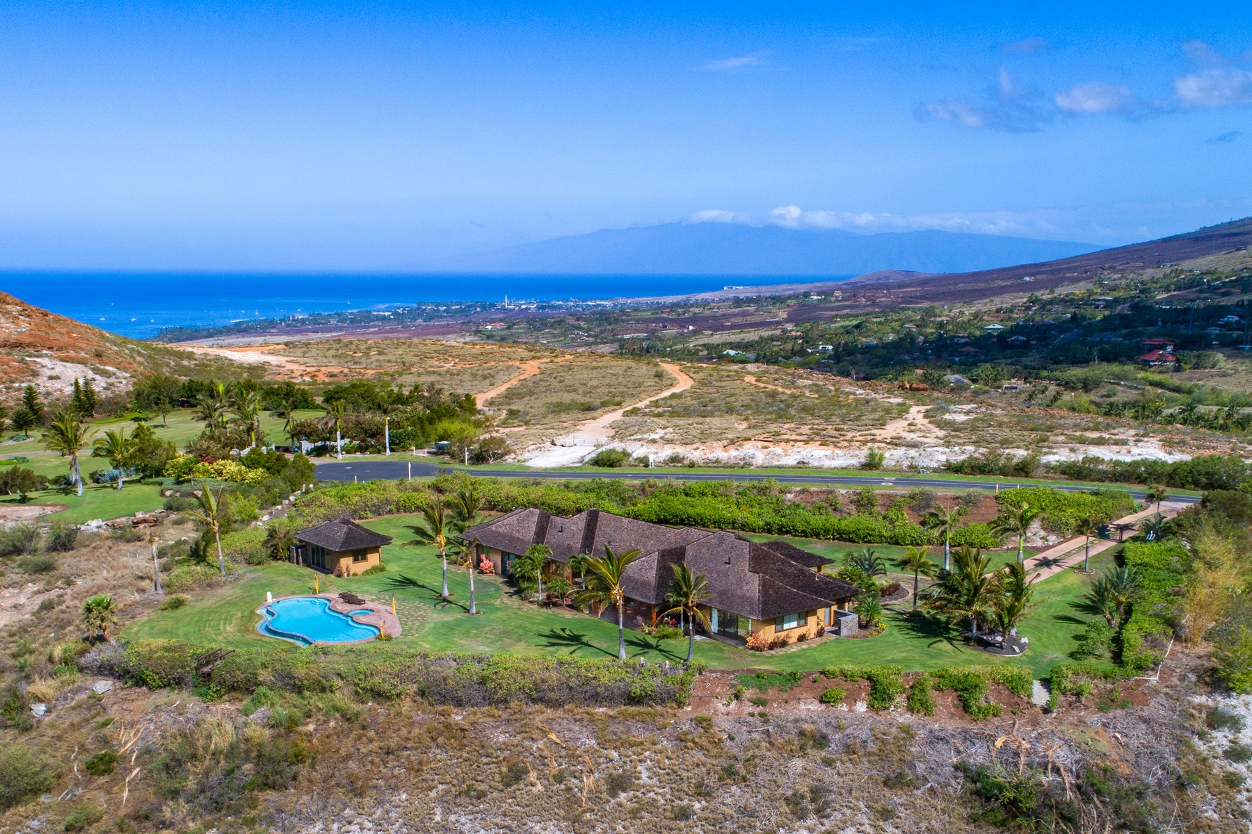Single Family Homes for Sale at Live Elevated... Commanding Mountain Top Location 411 Wailau Place Launiupoko, Hawaii 96761 United States