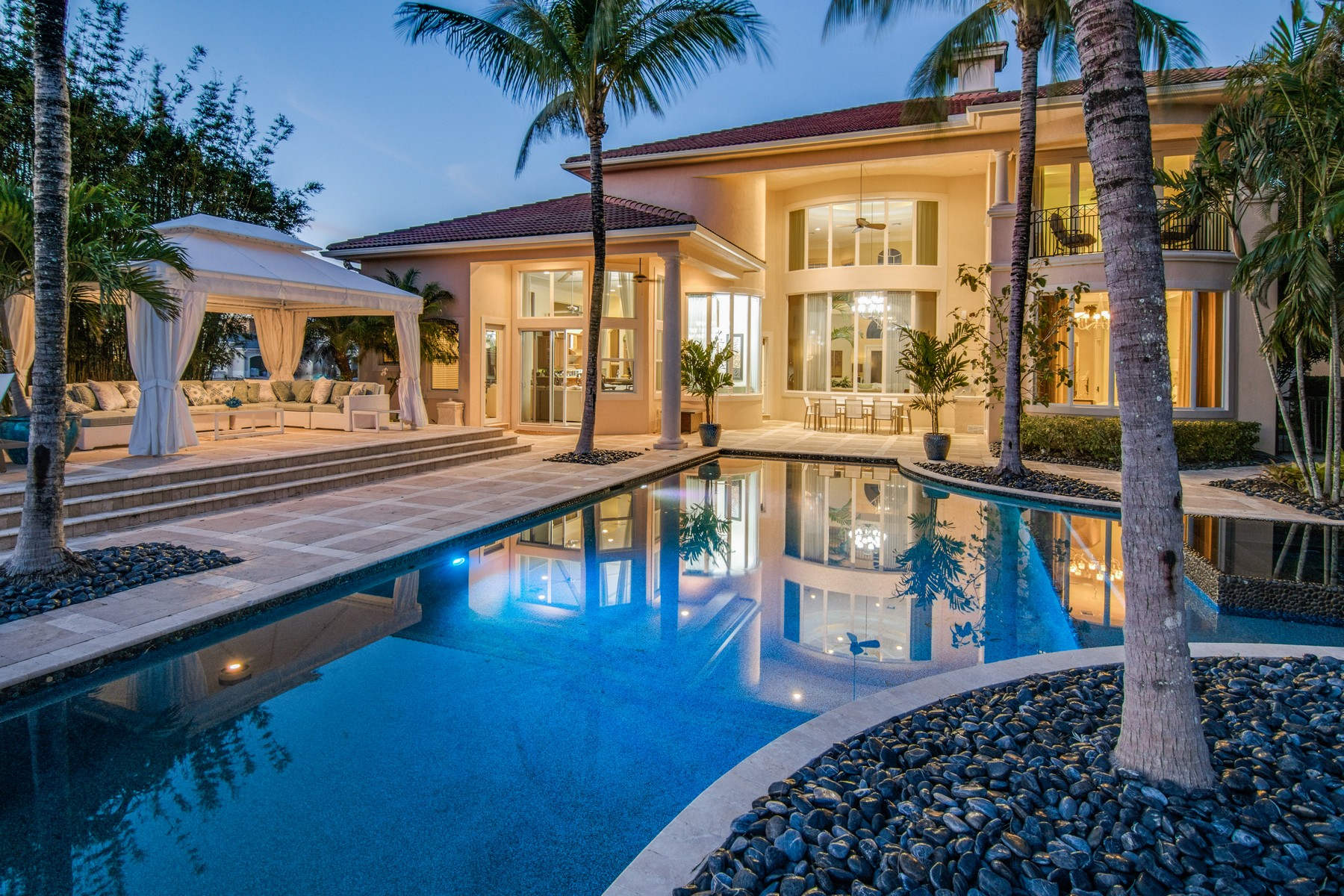 Single Family Home for Sale at 126 Elena Court Jupiter Country Club, Jupiter, Florida, 33478 United States