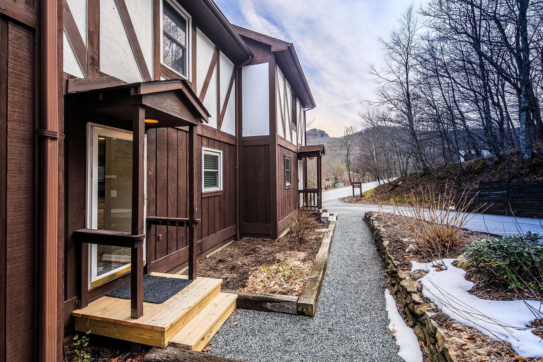 Single Family Homes por un Venta en SUGAR MOUNTAIN - SHALLOWFORD WALK 174 Grouse Moor Dr , 2 Sugar Mountain, Carolina Del Norte 28604 Estados Unidos