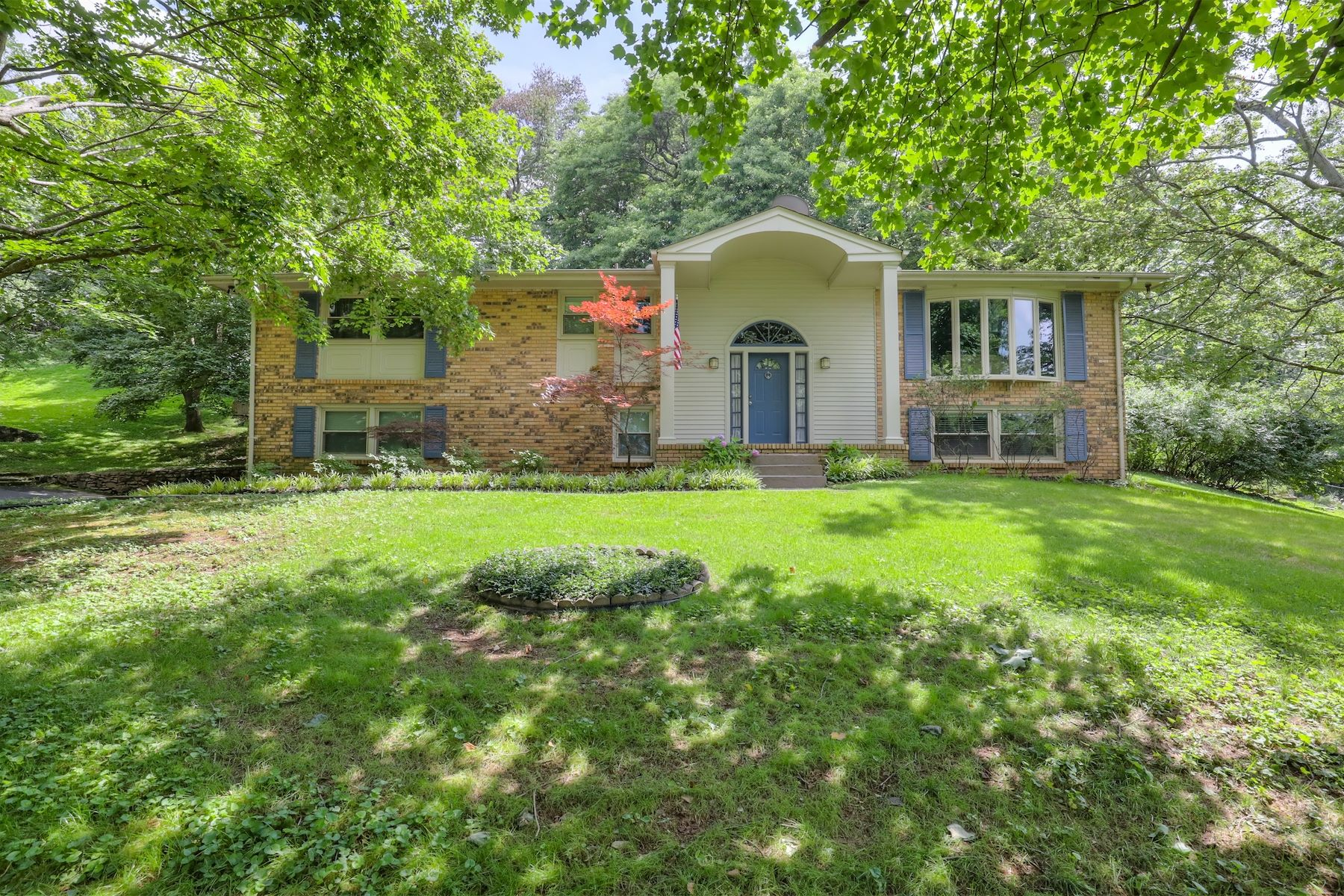 Single Family Home for Sale at Traditional Brick in Brentwood 5103 Beauregard Lane Brentwood, Tennessee, 37027 United States