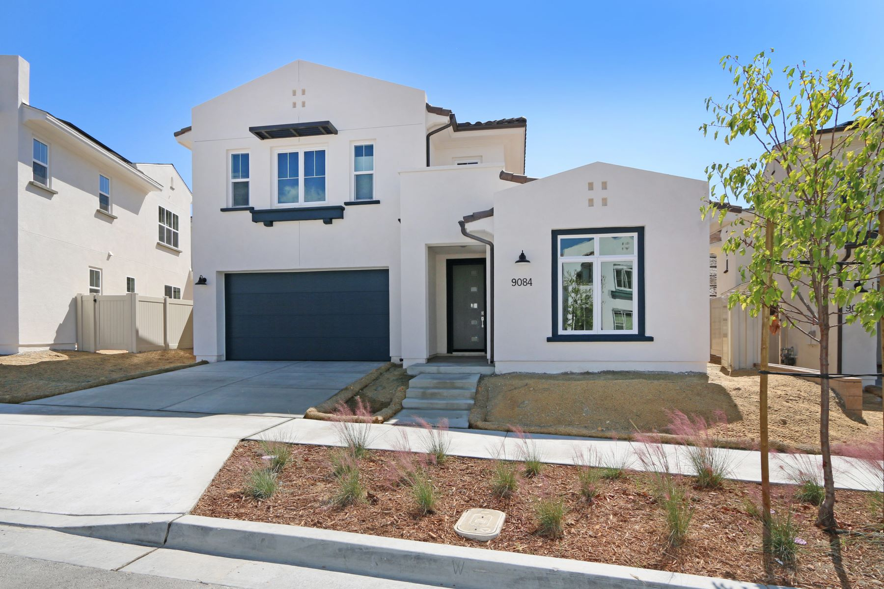 Single Family Homes for Sale at Lake Ridge 9084 West Bluff Place Lot 214 Santee, California 92071 United States