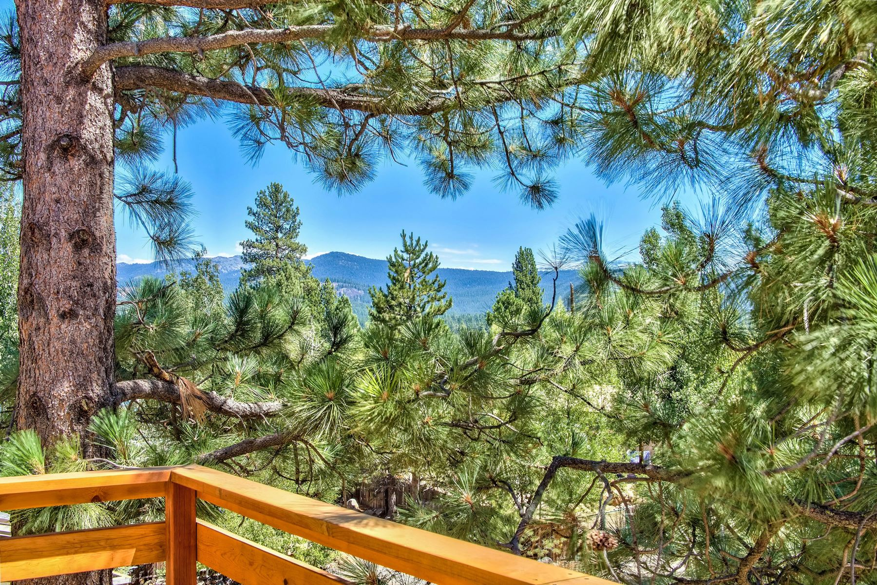 Additional photo for property listing at 11871 Highland Avenue, Truckee, CA 11871 Highland Avenue Truckee, California 96161 United States