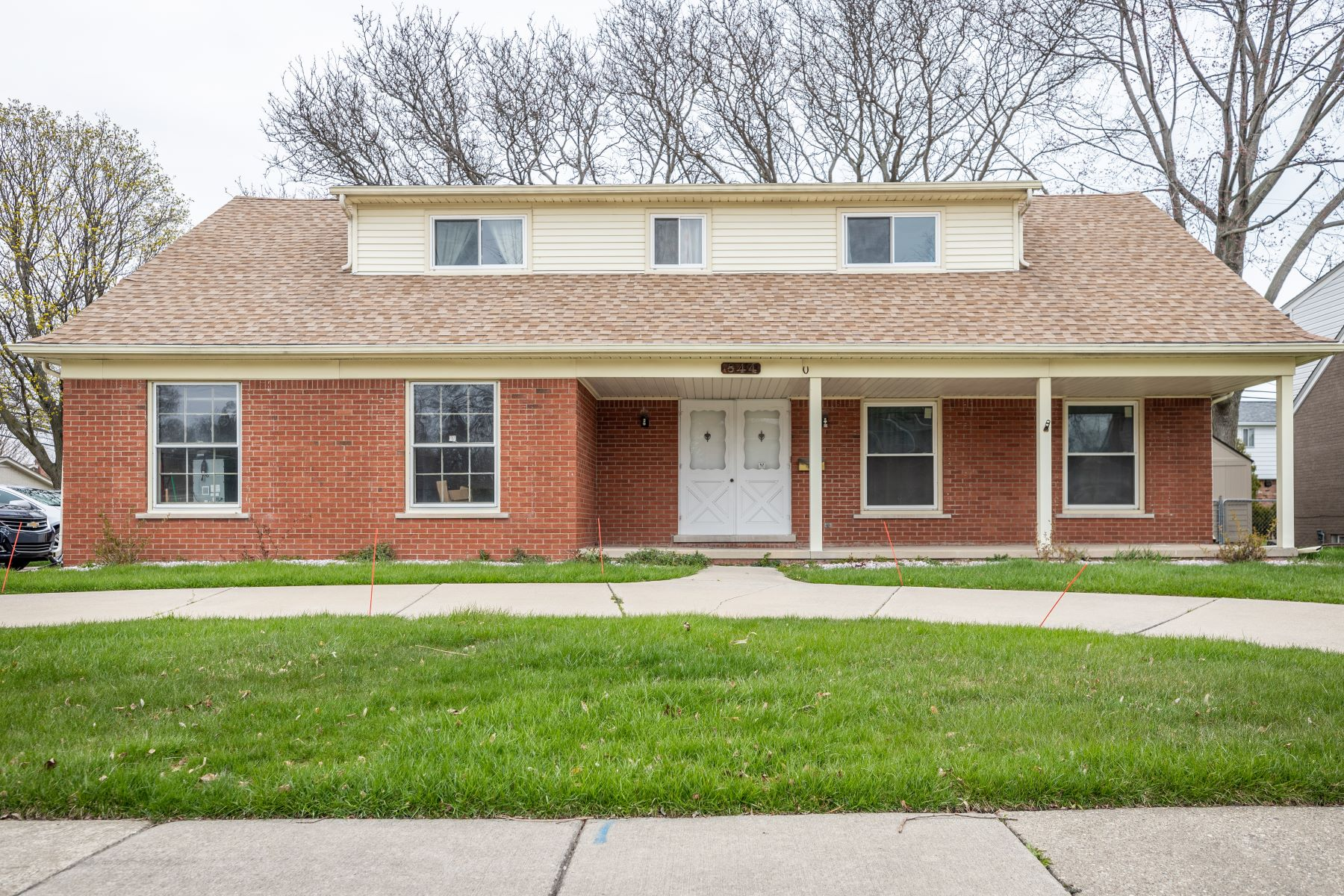 Single Family Homes for Sale at Grosse Pointe Woods 844 Blairmoor CRT Grosse Pointe Woods, Michigan 48236 United States