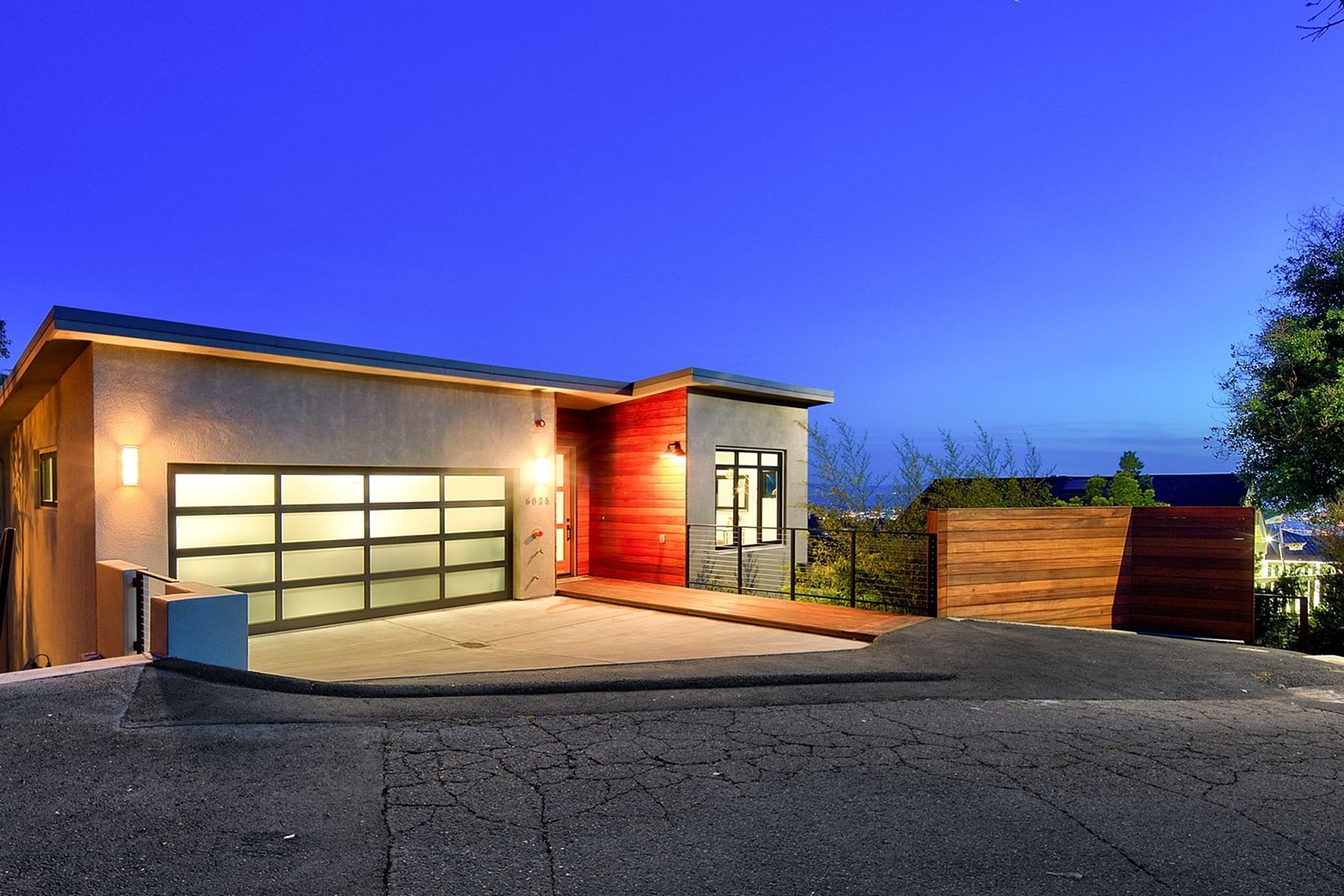 Single Family Home for Sale at Stunning Bay Views 6825 Elverton Drive Oakland, California 94611 United States