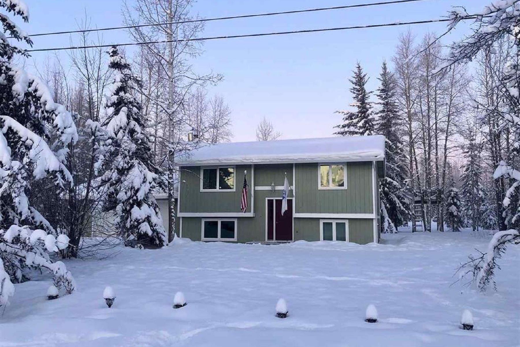 Single Family Homes por un Venta en 3556 Wildwood North Pole, Alaska 99705 Estados Unidos