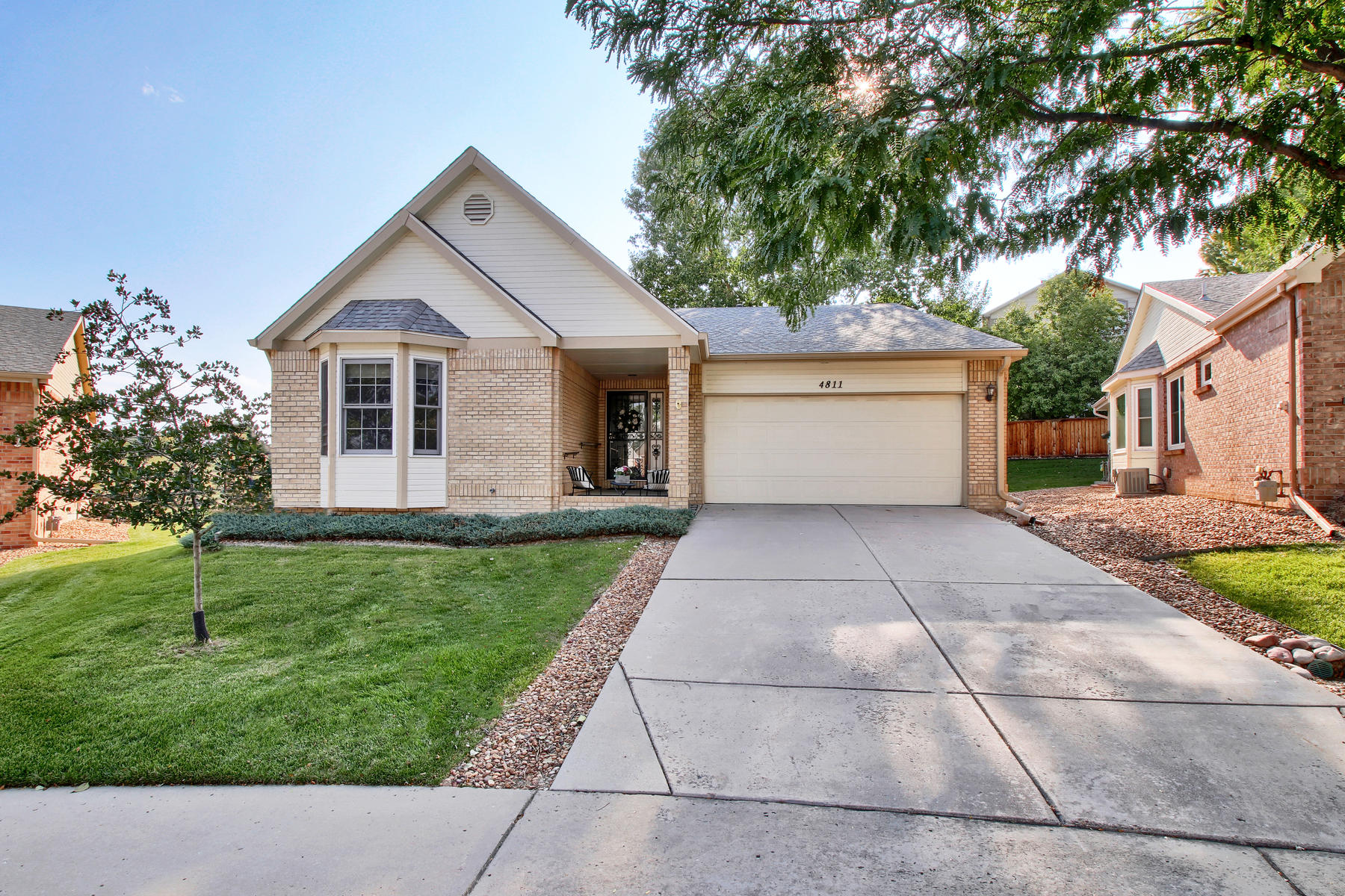 Single Family Home for Active at Beautiful, completely remodeled Ranch Patio Home. 4811 Greenwich Dr Highlands Ranch, Colorado 80130 United States