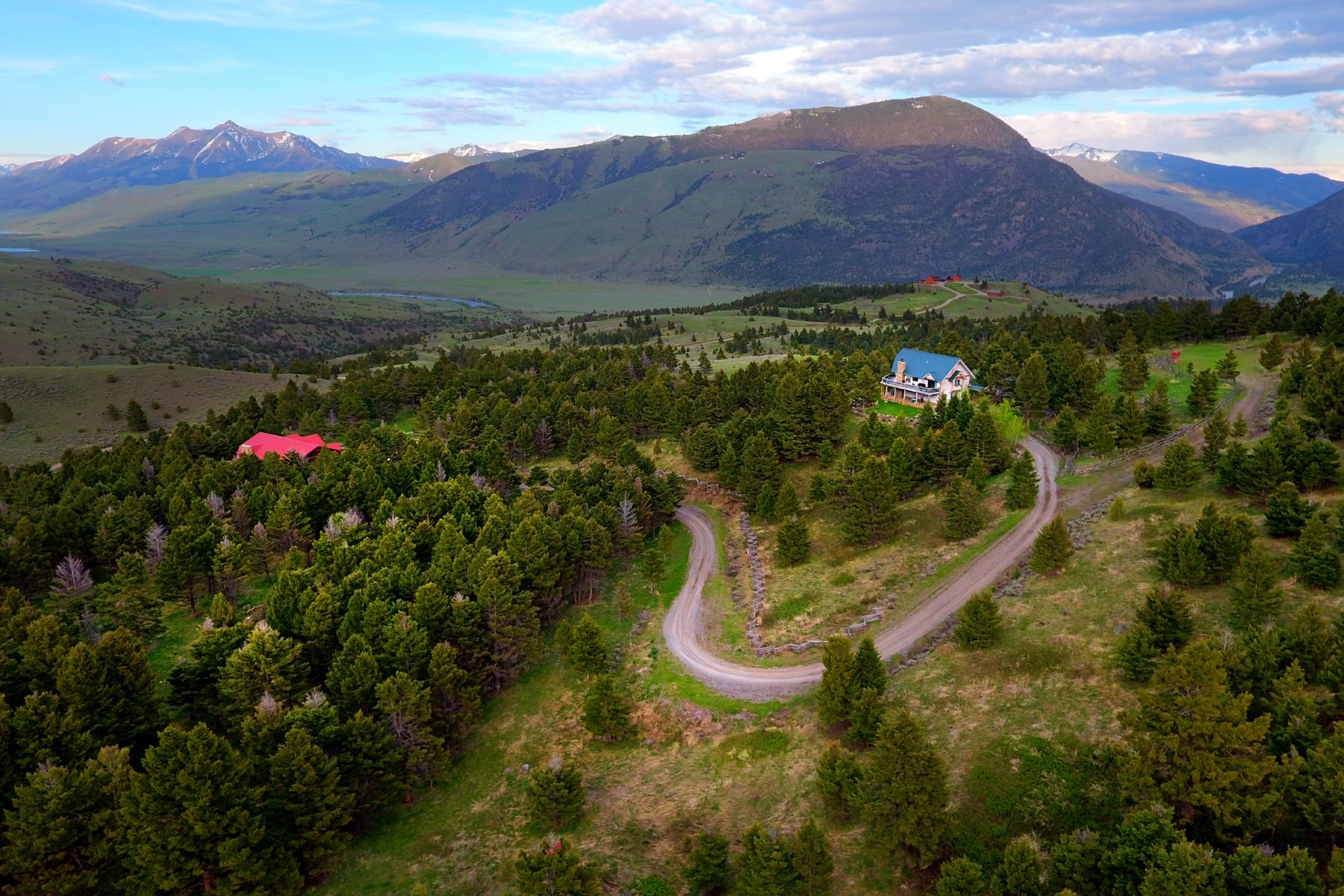 Single Family Homes for Sale at Shadowood 259 Rock Creek Road Emigrant, Montana 59027 United States