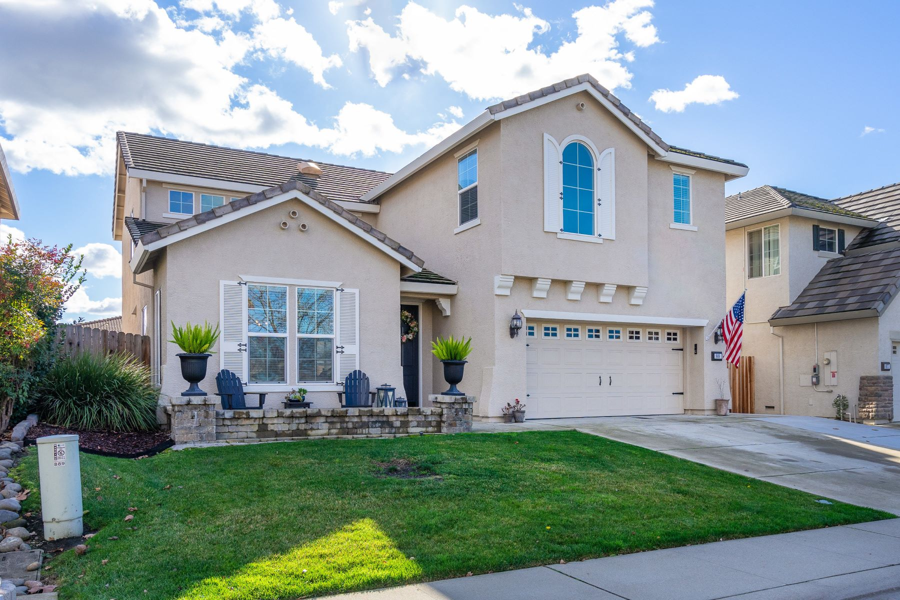 Single Family Home for Active at Twelve Bridges Luxury Living at it's Best 889 Lavastone Drive Lincoln, California 95648 United States