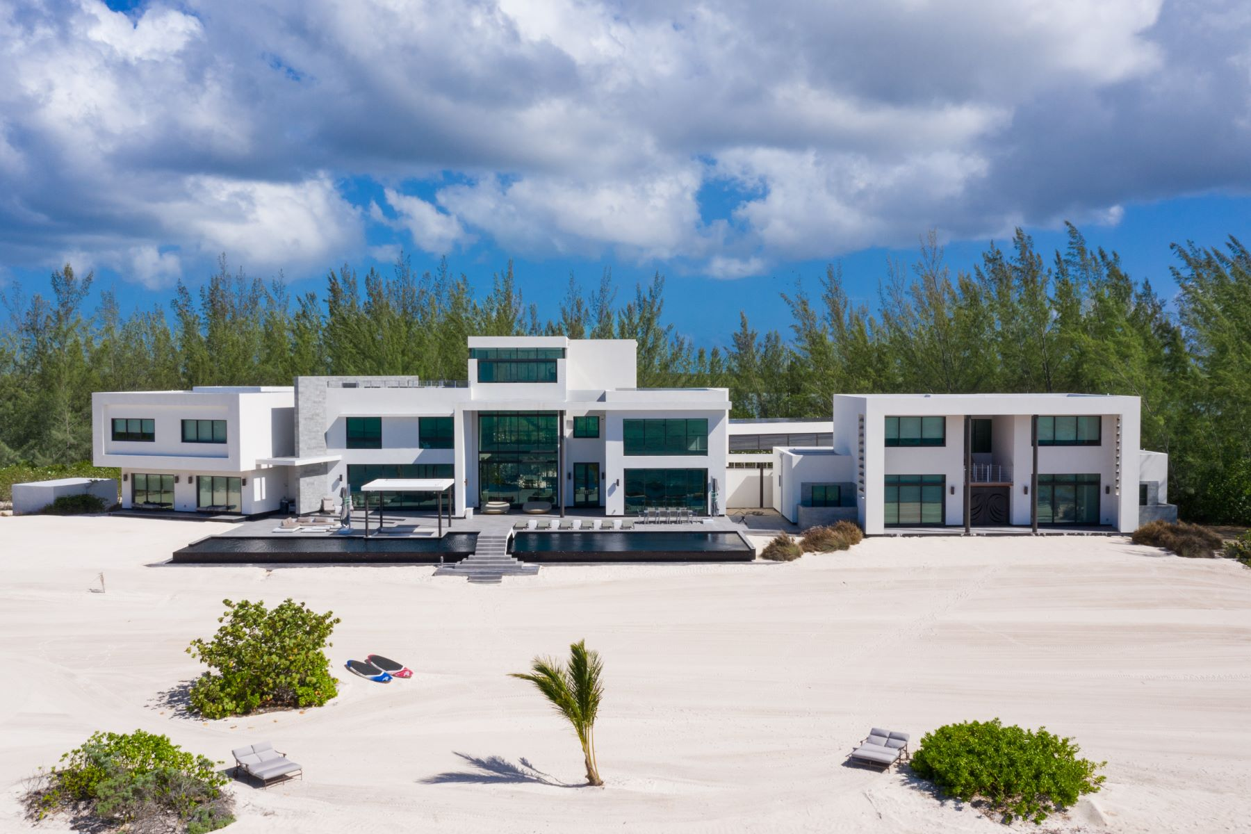 Single Family Homes for Sale at Other Grand Cayman, Grand Cayman Cayman Islands