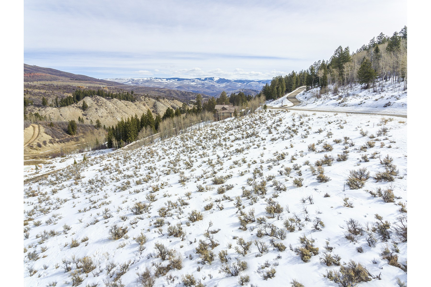 Additional photo for property listing at Sunny gently sloped quiet lot 527 Graham Road Edwards, Colorado 81632 United States