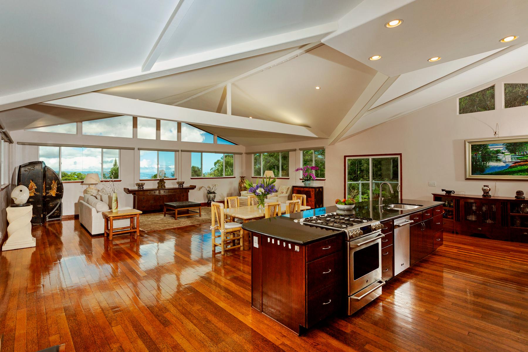 Multi-Family Homes 용 매매 에 Extended Family Estate 70 Mahiai Pl, Makawao, 하와이 96753 미국